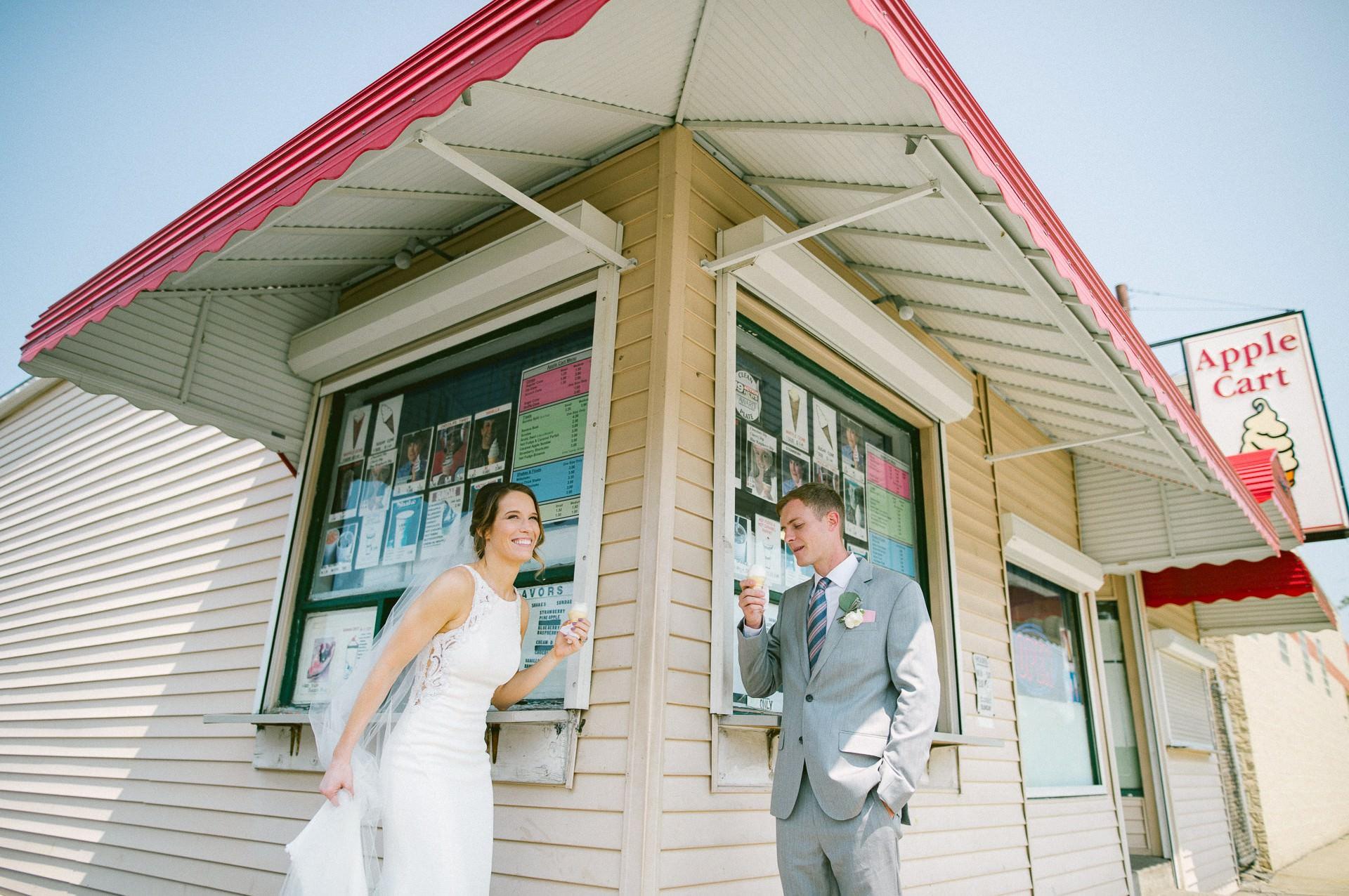 The Madison Wedding Venue Cleveland Wedding Photographer 00160.JPG