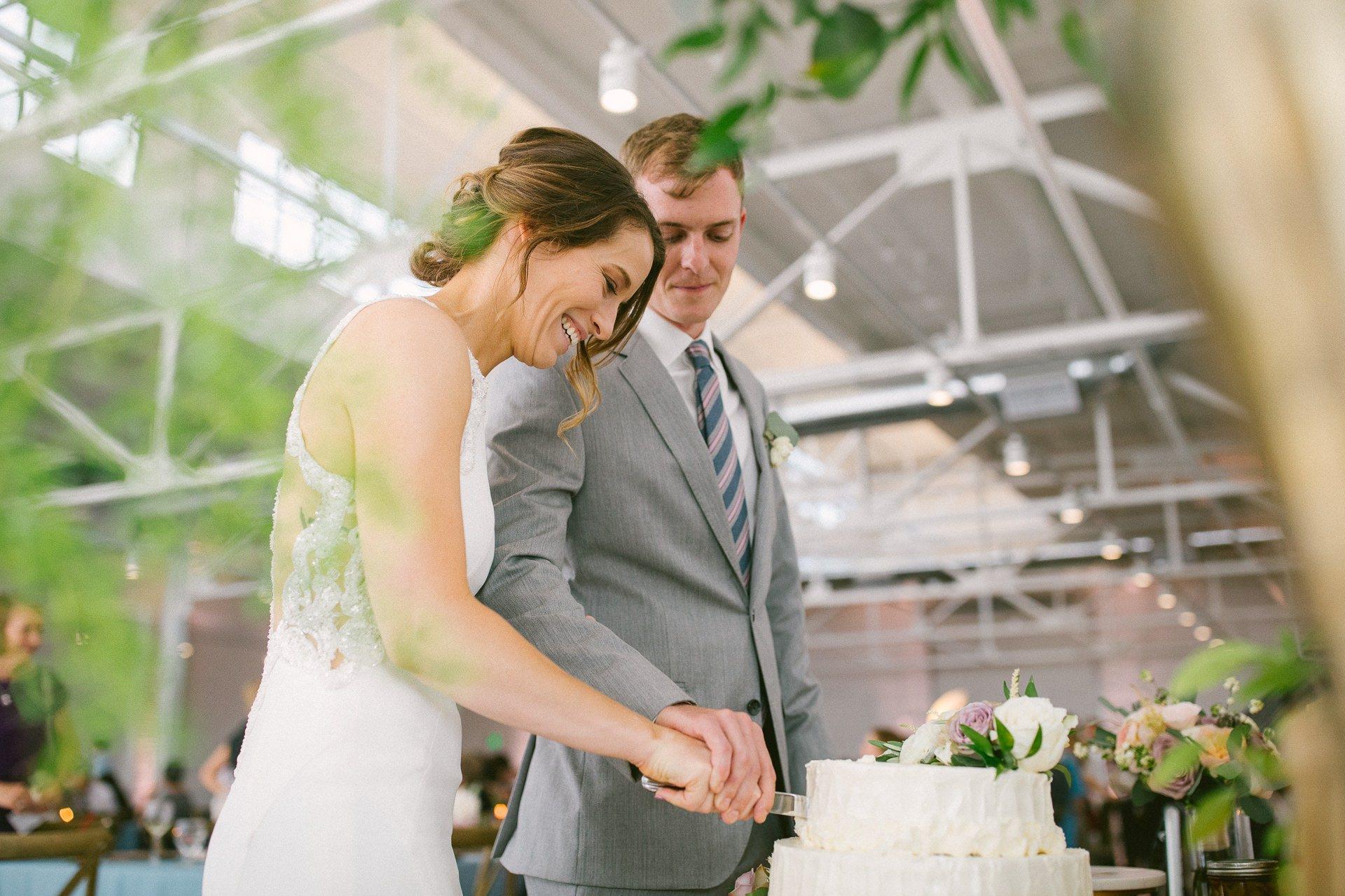 The Madison Wedding Venue Cleveland Wedding Photographer 00220.JPG