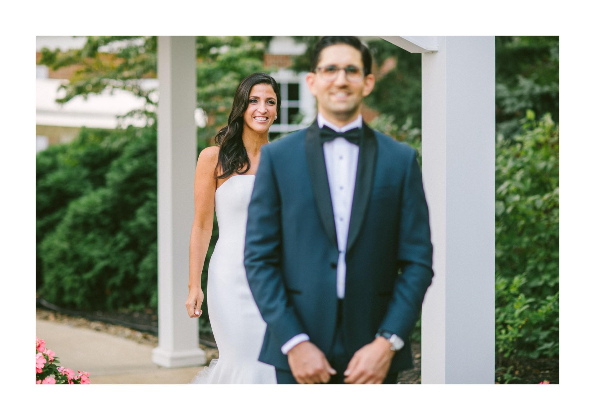 Beechmont Country Club Wedding Photographer in Beachwood 1 22.jpg