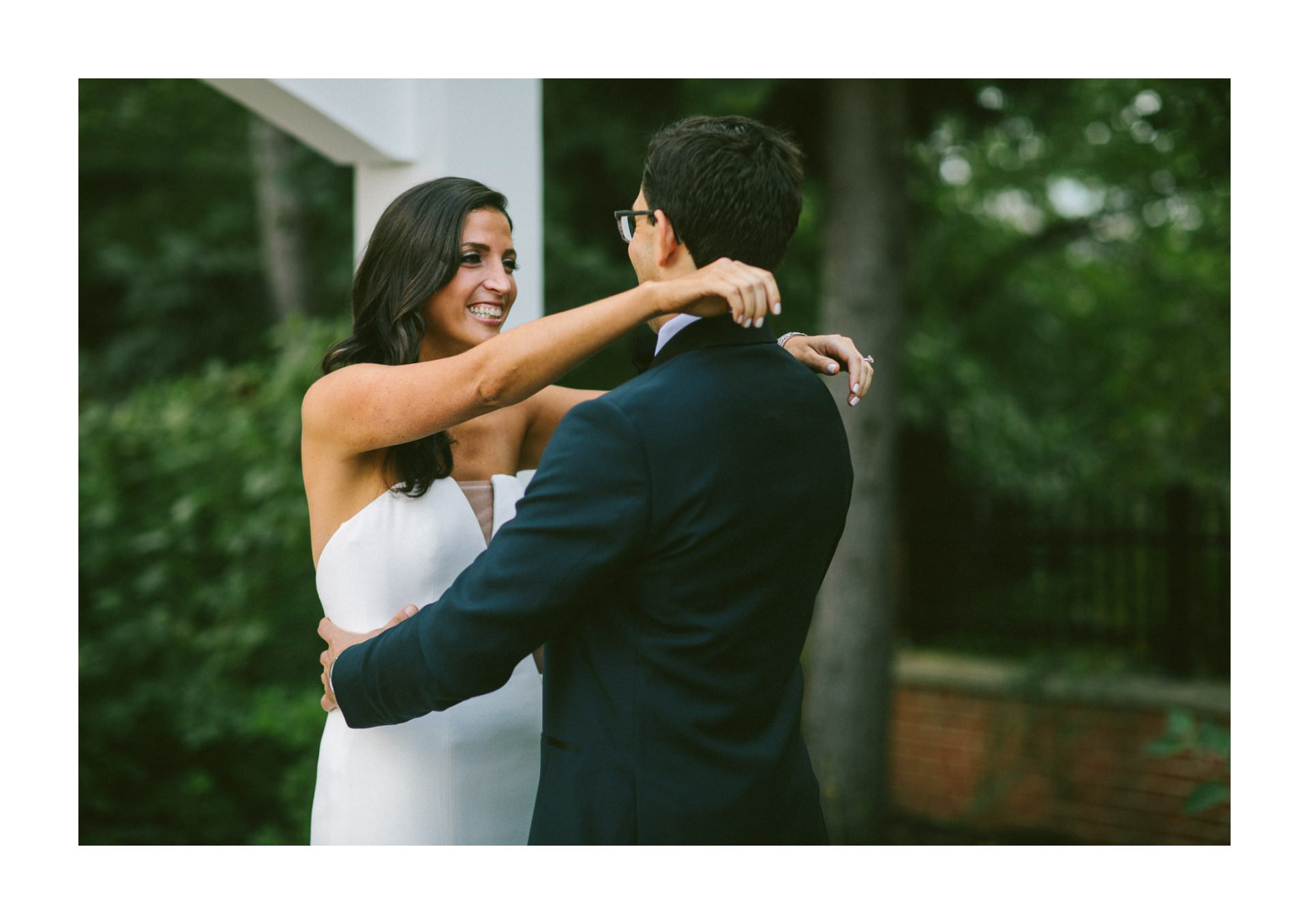 Beechmont Country Club Wedding Photographer in Beachwood 1 25.jpg