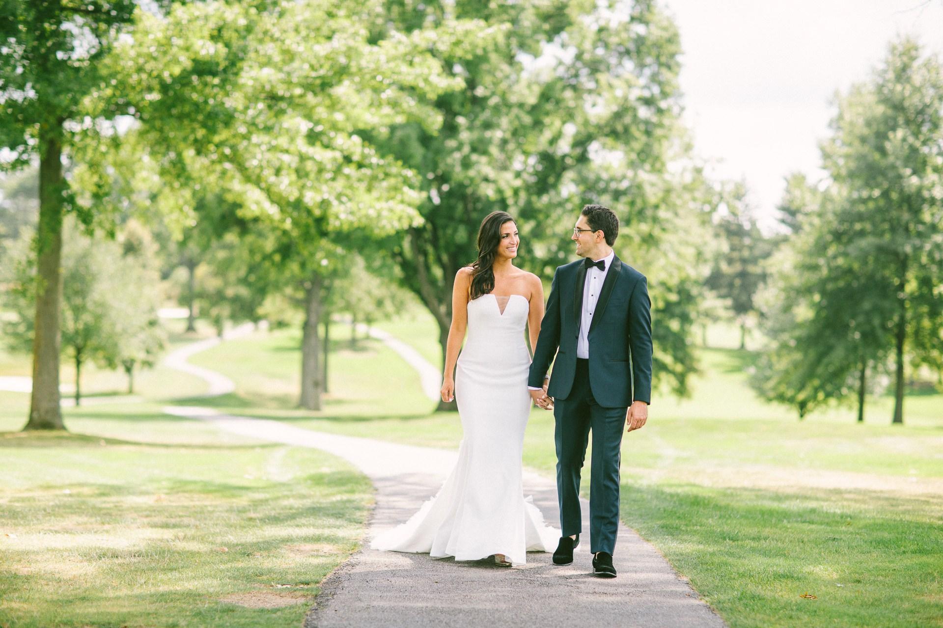 Beechmont Country Club Wedding Photographer in Beachwood 1 34.jpg