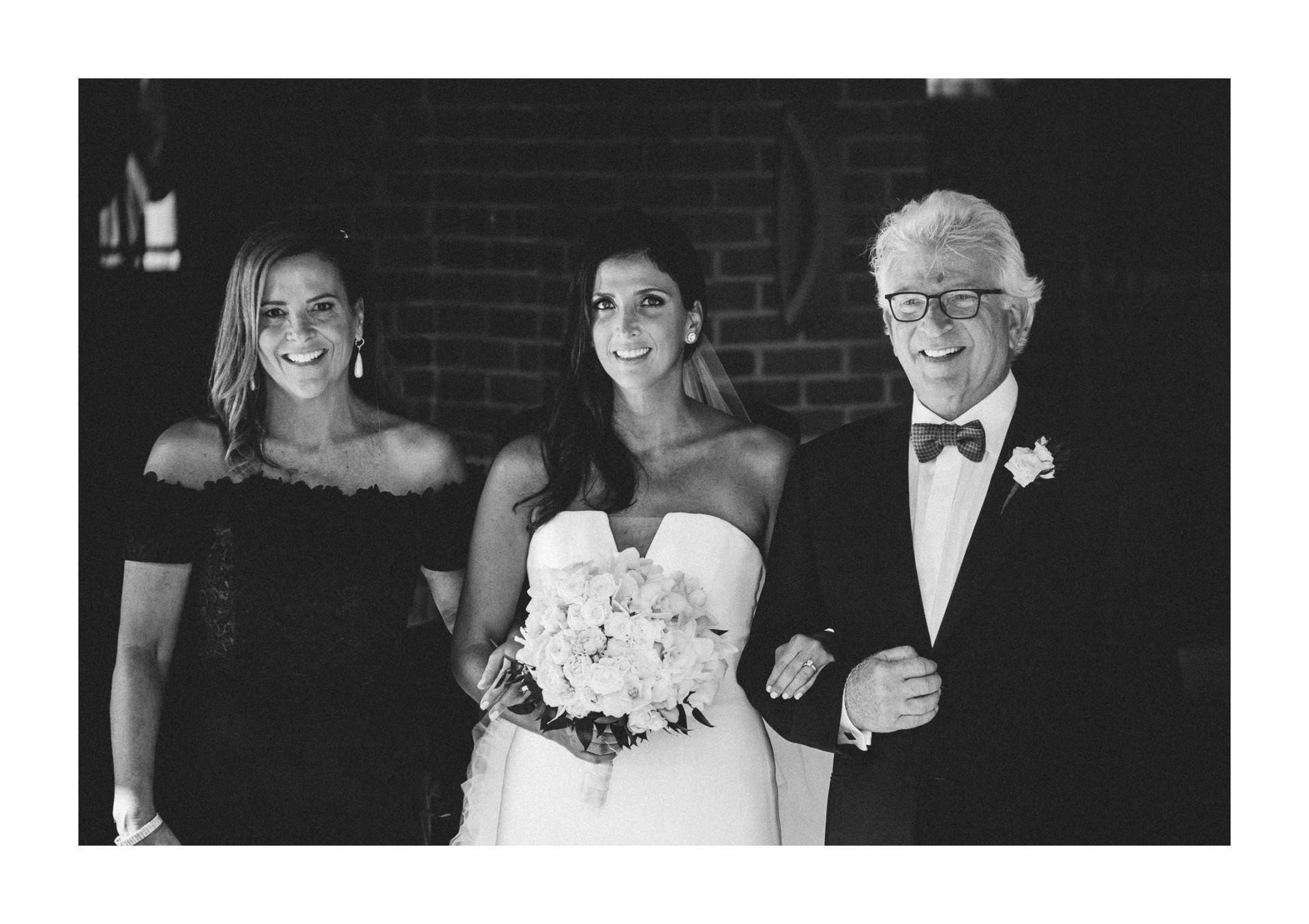 Beechmont Country Club Wedding Photographer in Beachwood 2 13.jpg