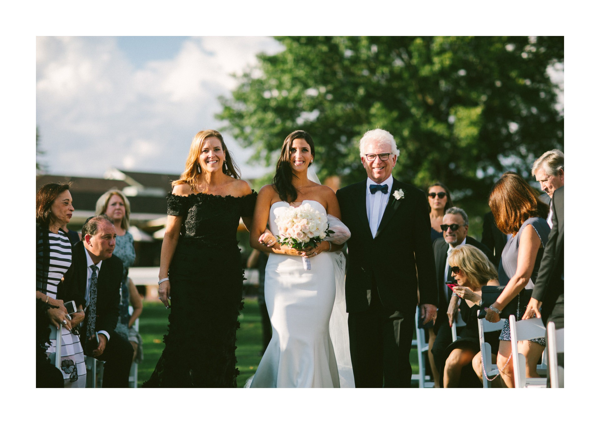 Beechmont Country Club Wedding Photographer in Beachwood 2 17.jpg