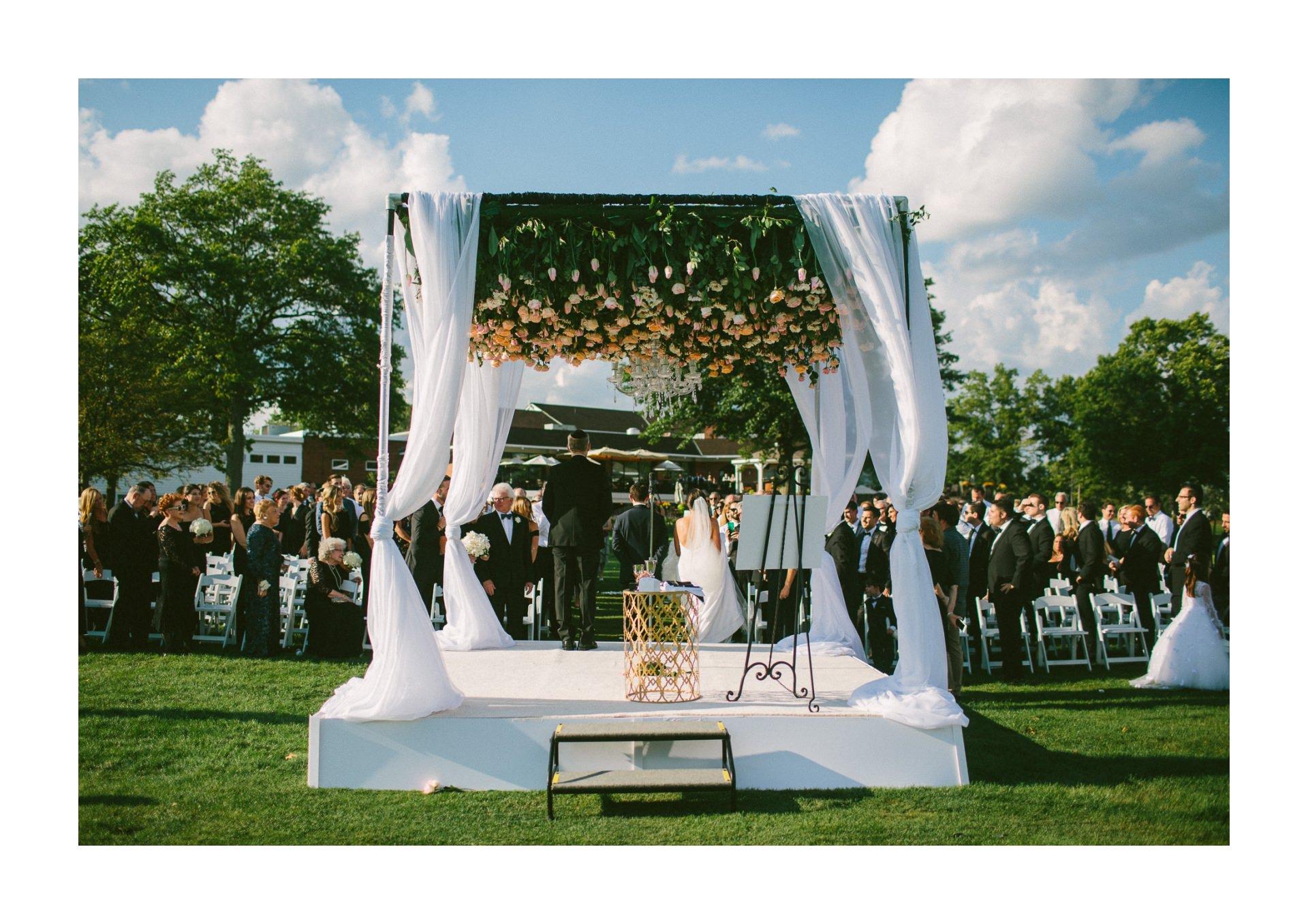 Beechmont Country Club Wedding Photographer in Beachwood 2 19.jpg