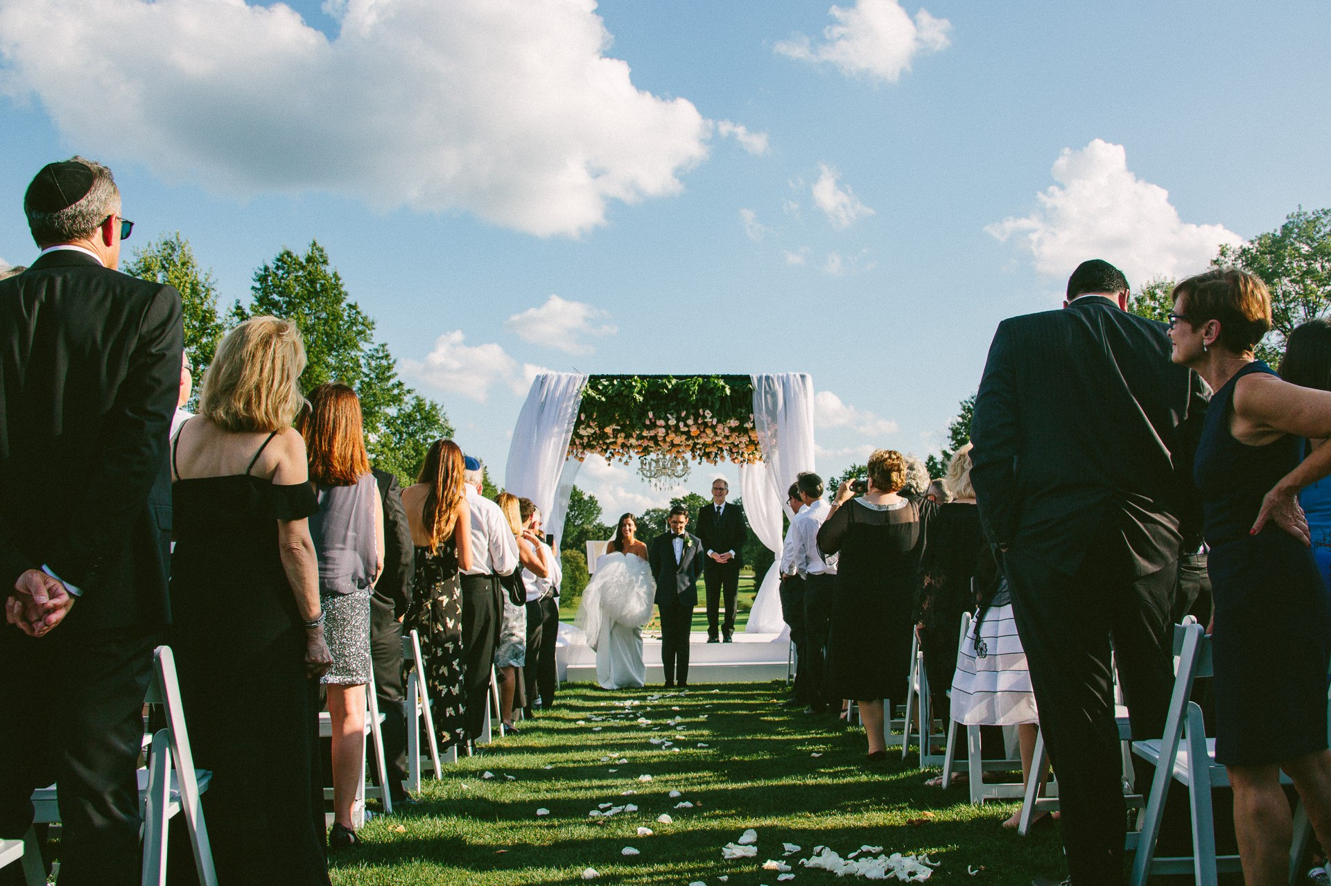 Beechmont Country Club Wedding Photographer in Beachwood 2 20.jpg