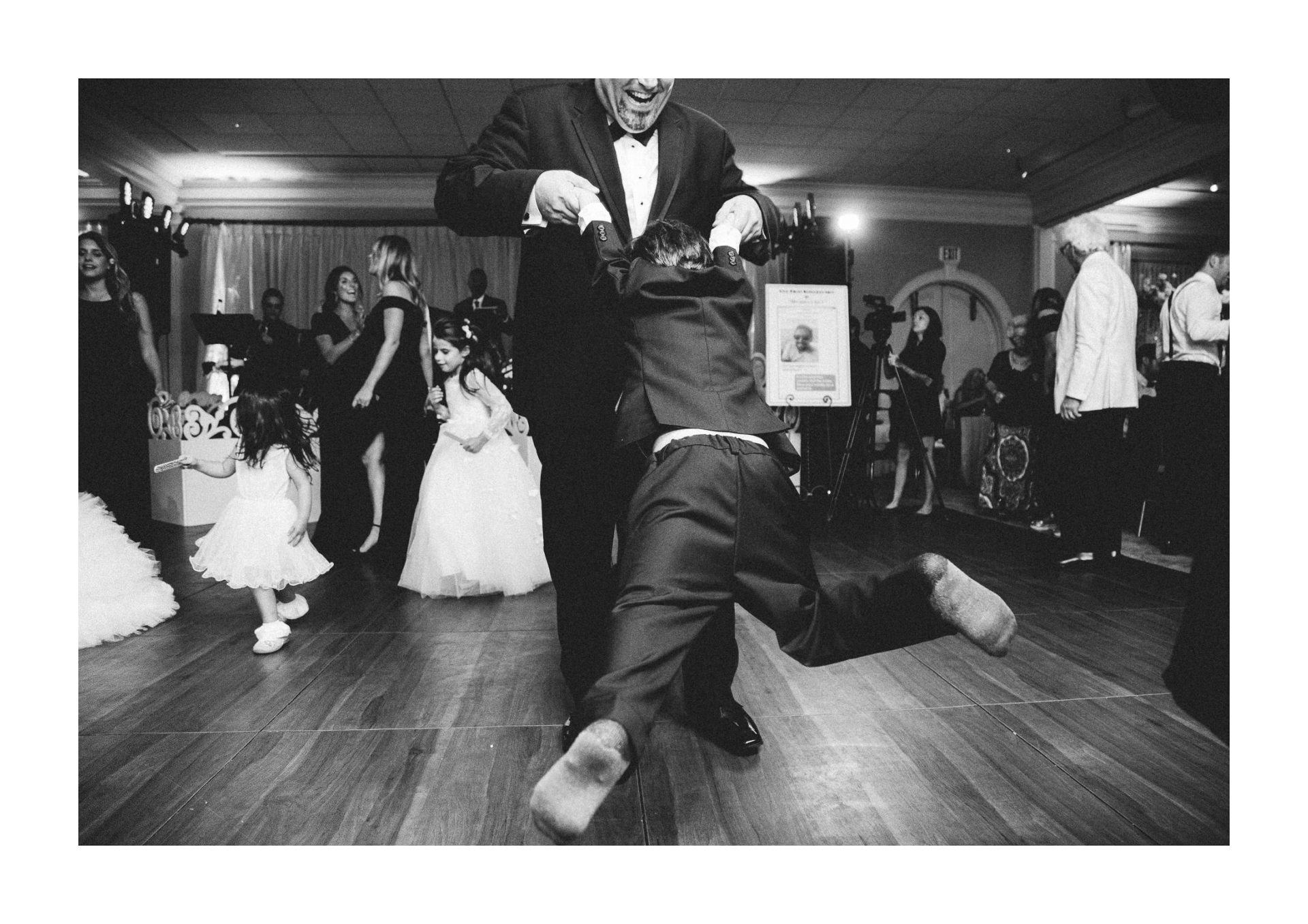 Beechmont Country Club Wedding Photographer in Beachwood 3 13.jpg