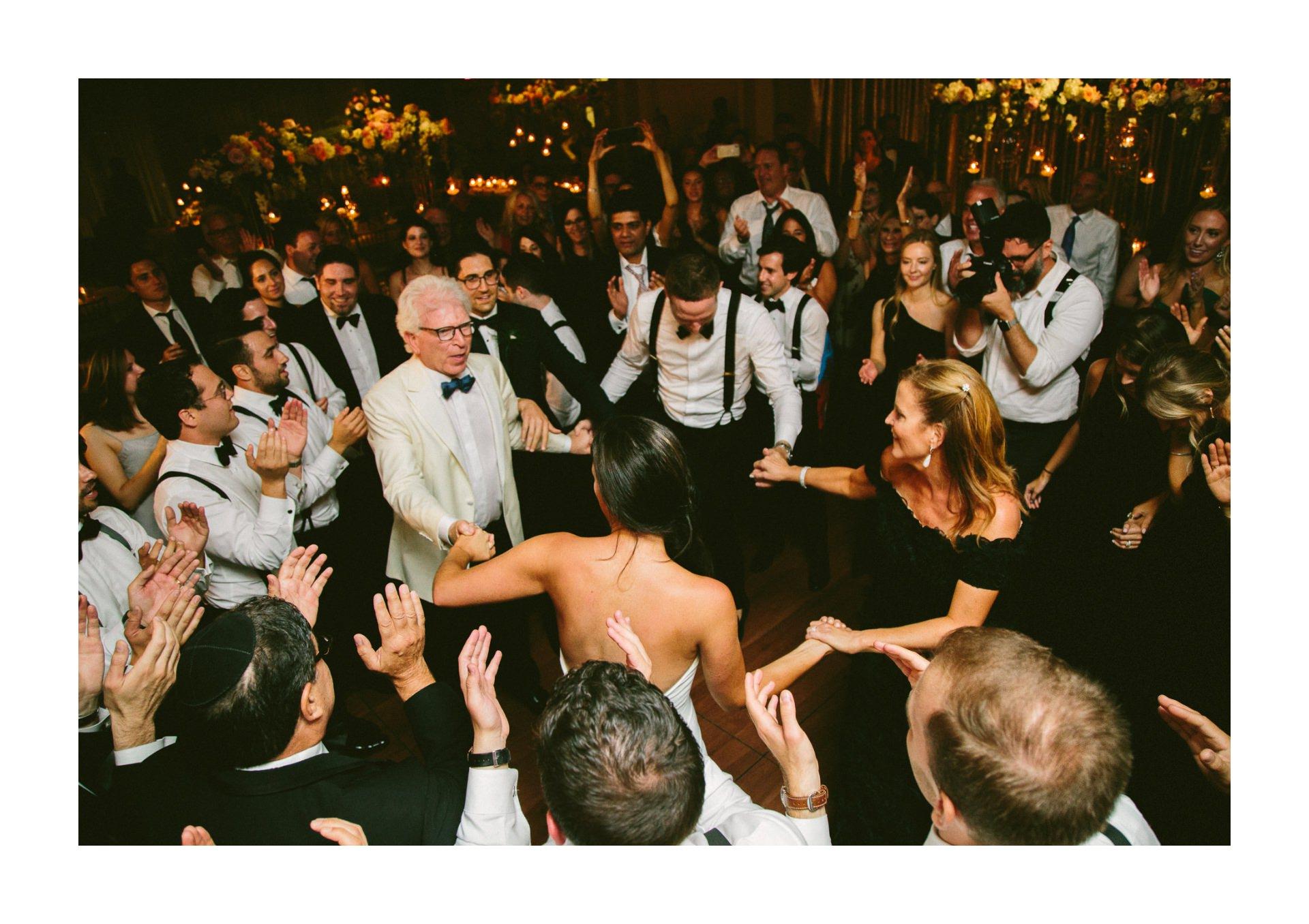 Beechmont Country Club Wedding Photographer in Beachwood 3 23.jpg