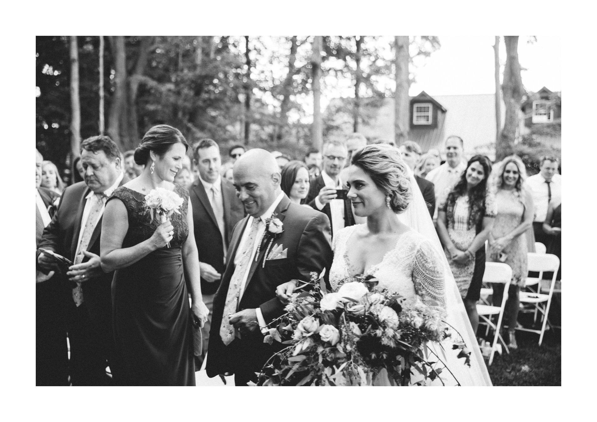 Meadow Ridge Farm Wedding Photos in Windsor 2 22.jpg