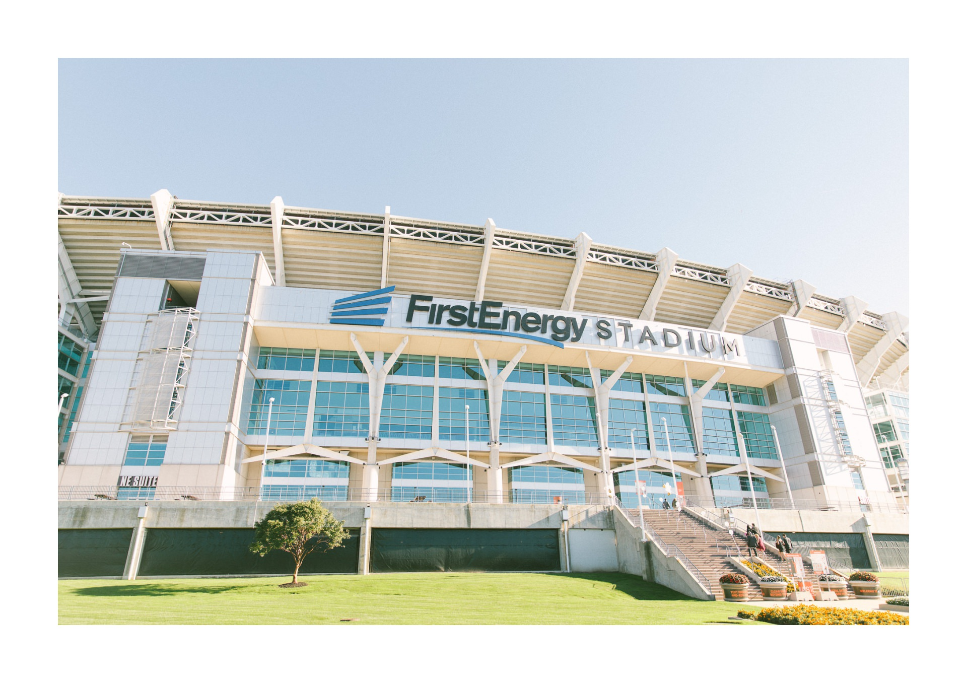 Browns First Energy Stadium Draft Room Wedding Photos 2 23.jpg