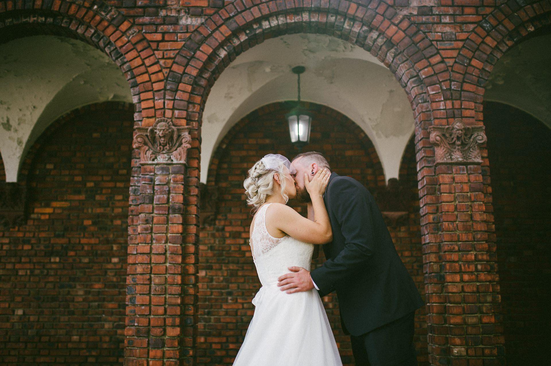 Goldhorn Brewery Wedding Photos in Cleveland 1 33.jpg