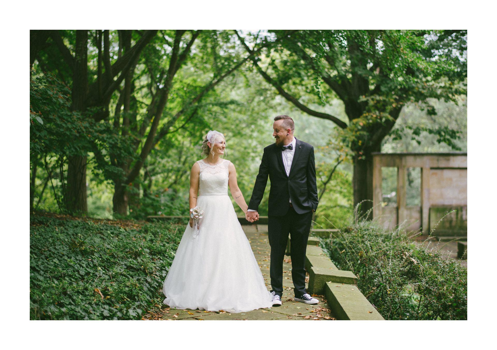 Goldhorn Brewery Wedding Photos in Cleveland 1 44.jpg