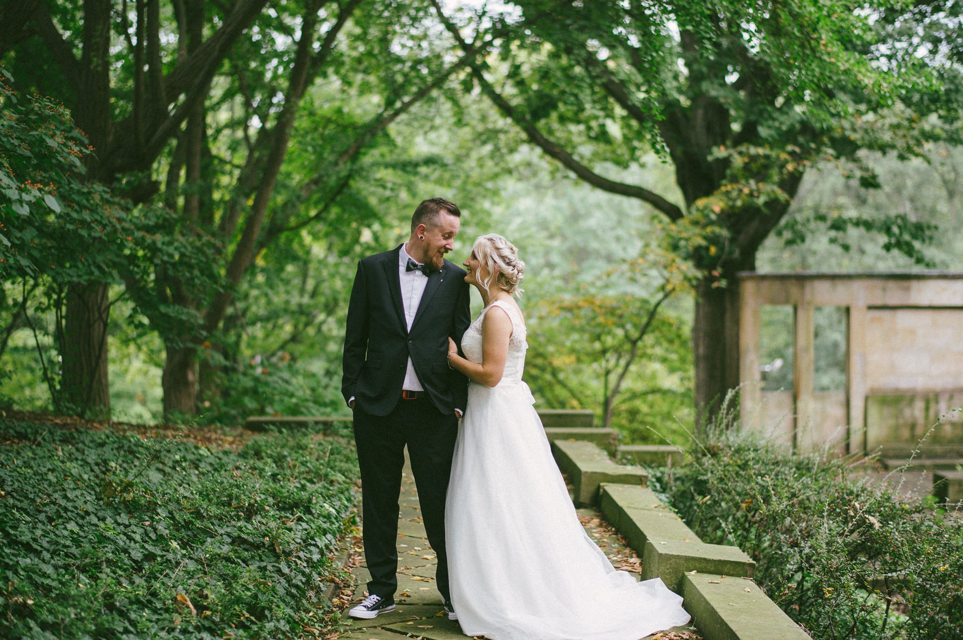 Goldhorn Brewery Wedding Photos in Cleveland 1 45.jpg