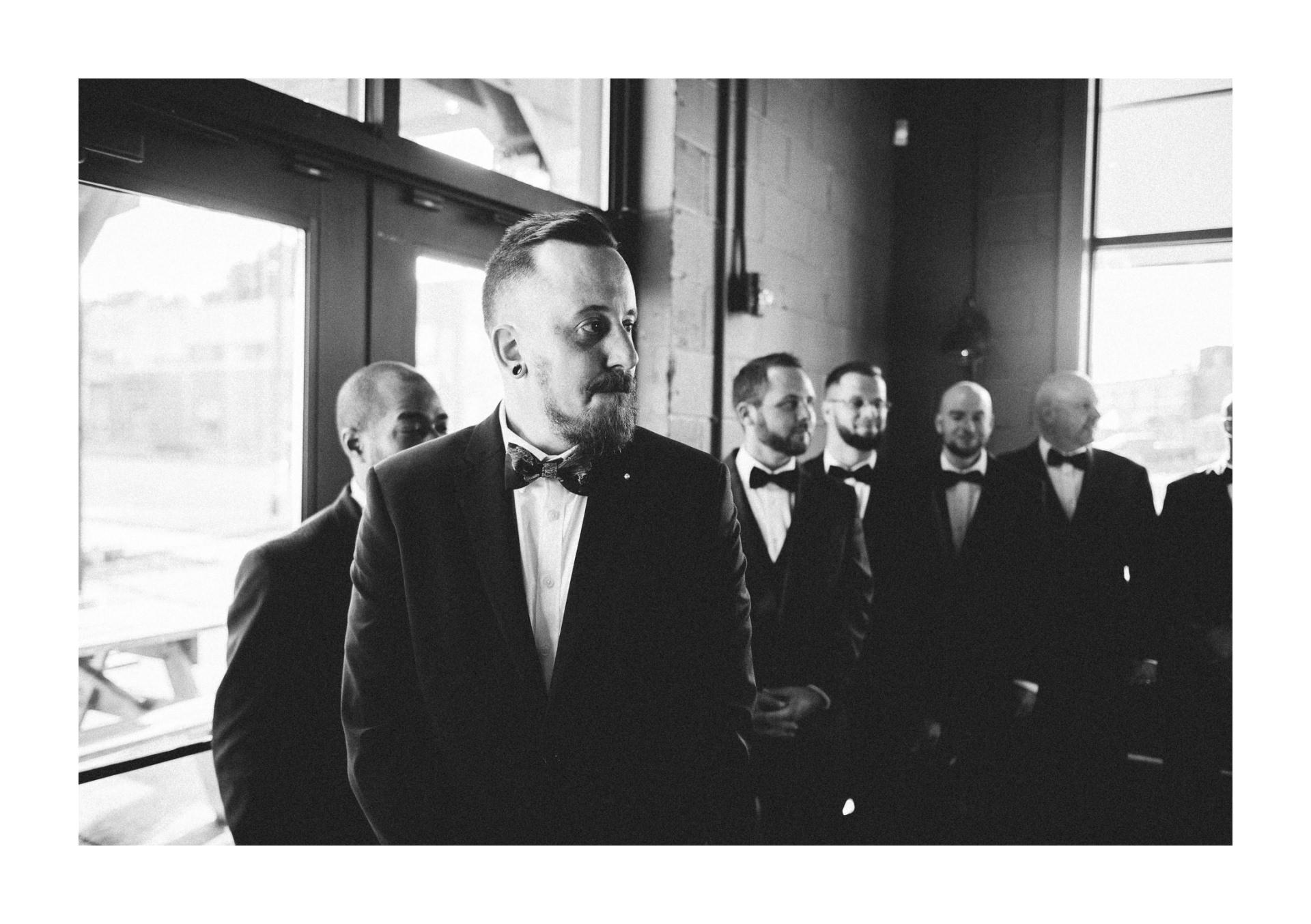 Goldhorn Brewery Wedding Photos in Cleveland 2 9.jpg