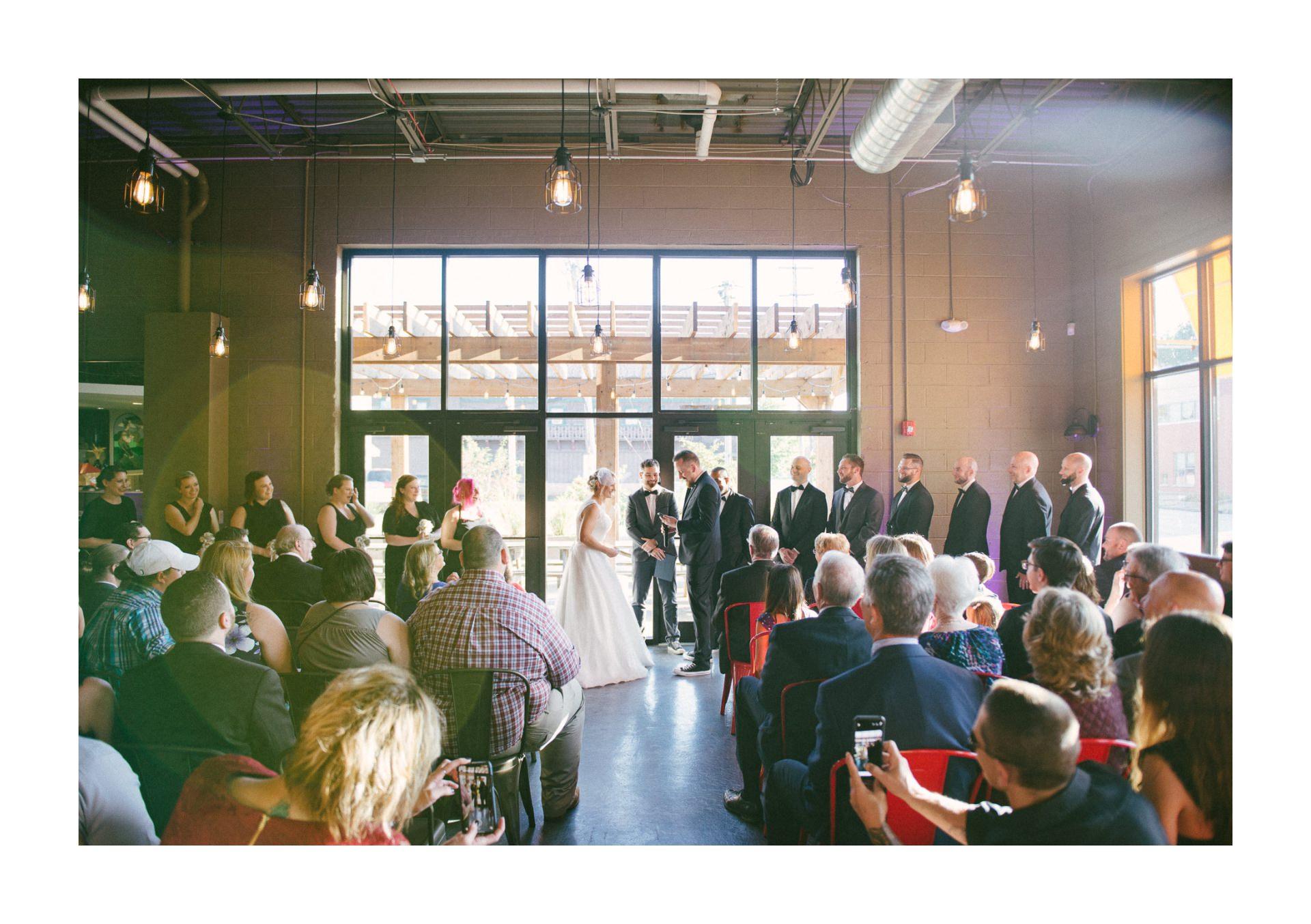 Goldhorn Brewery Wedding Photos in Cleveland 2 13.jpg
