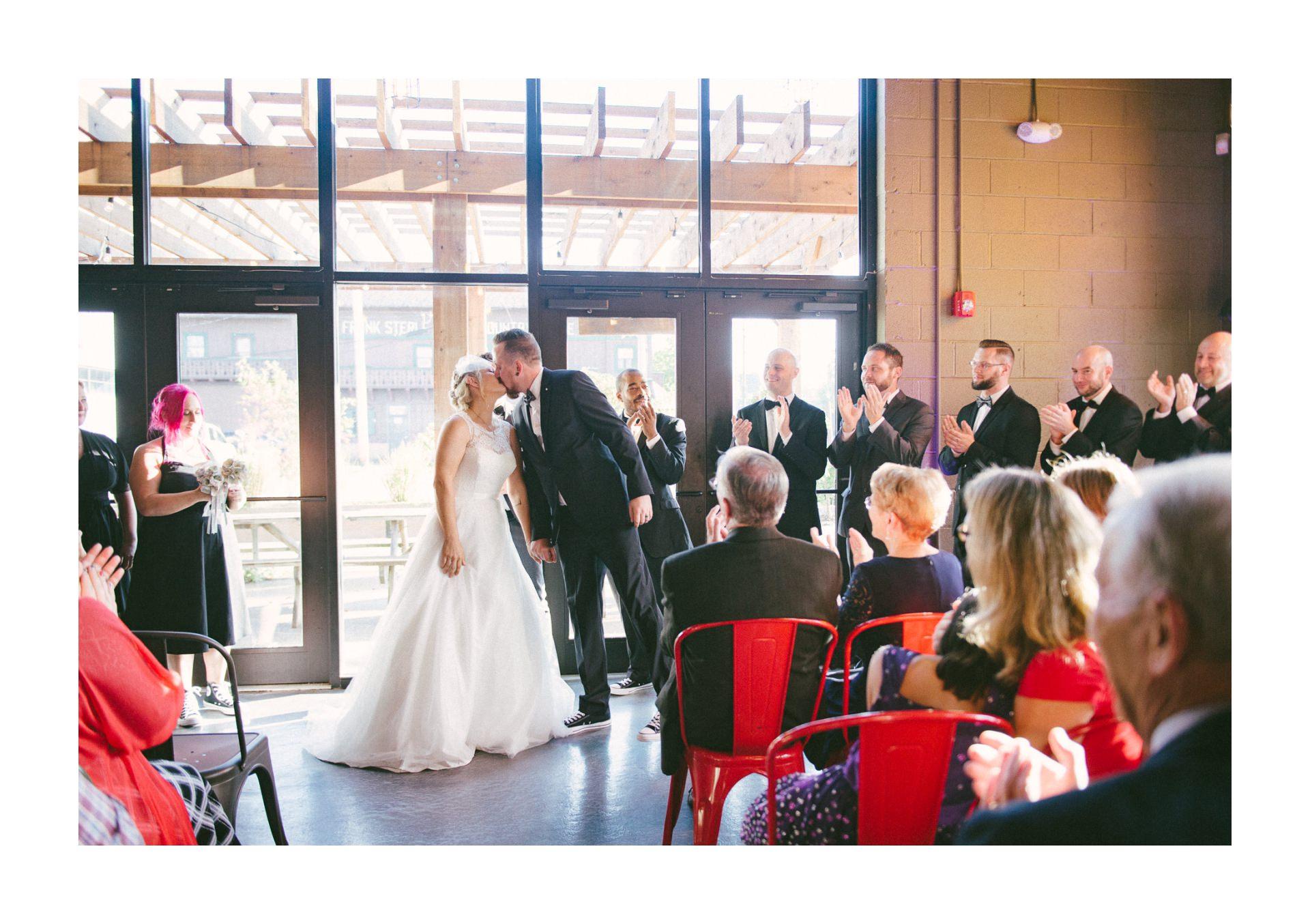 Goldhorn Brewery Wedding Photos in Cleveland 2 19.jpg