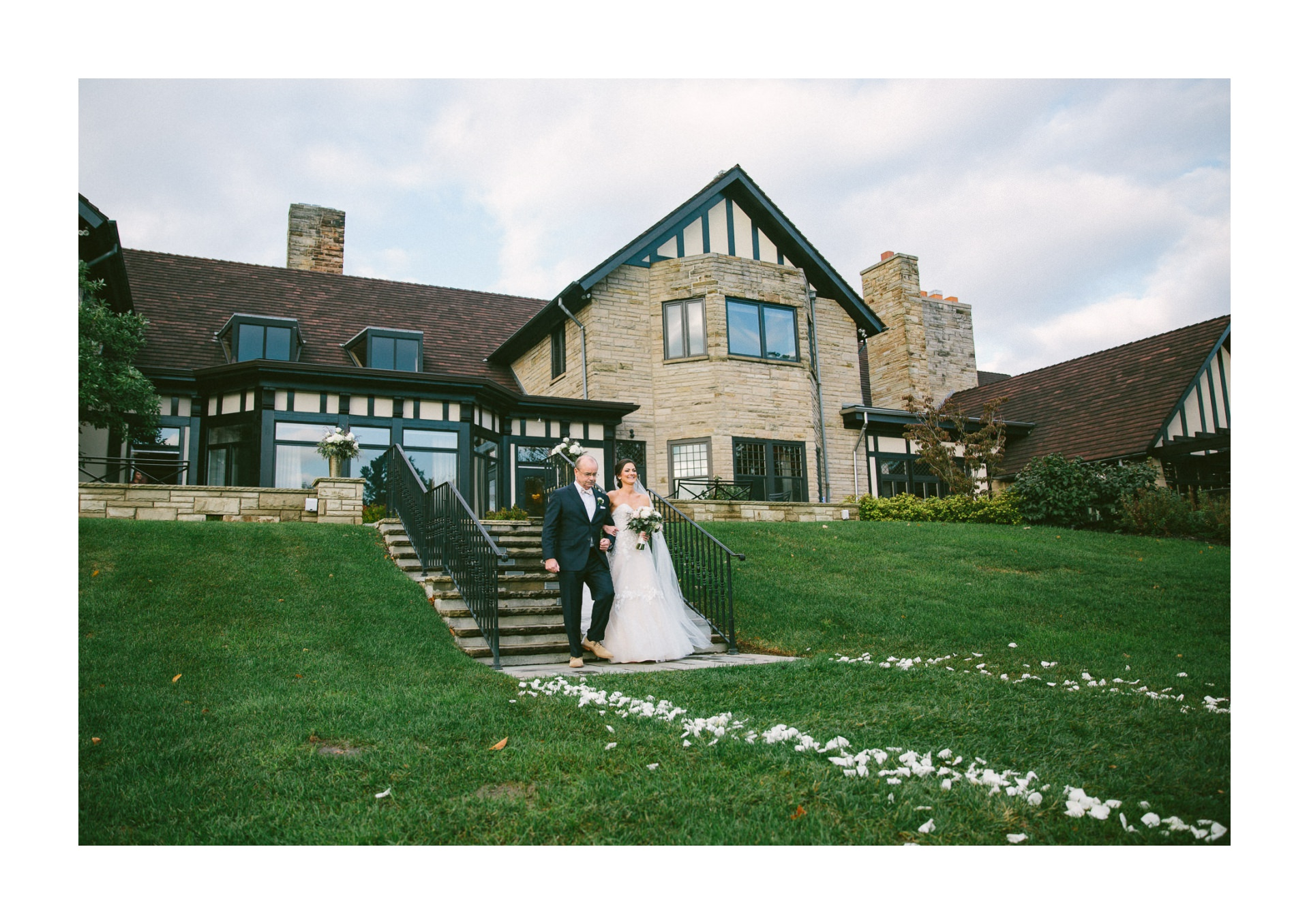 Wedding at Kirtland Country Club in Willoughby 2 43.jpg