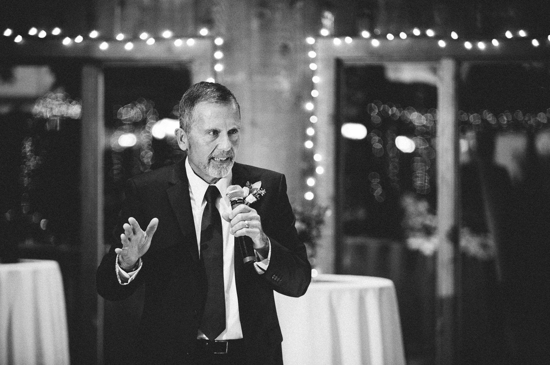 Patterson Fruit Farm Wedding Photographer in Cleveland 2 10.jpg