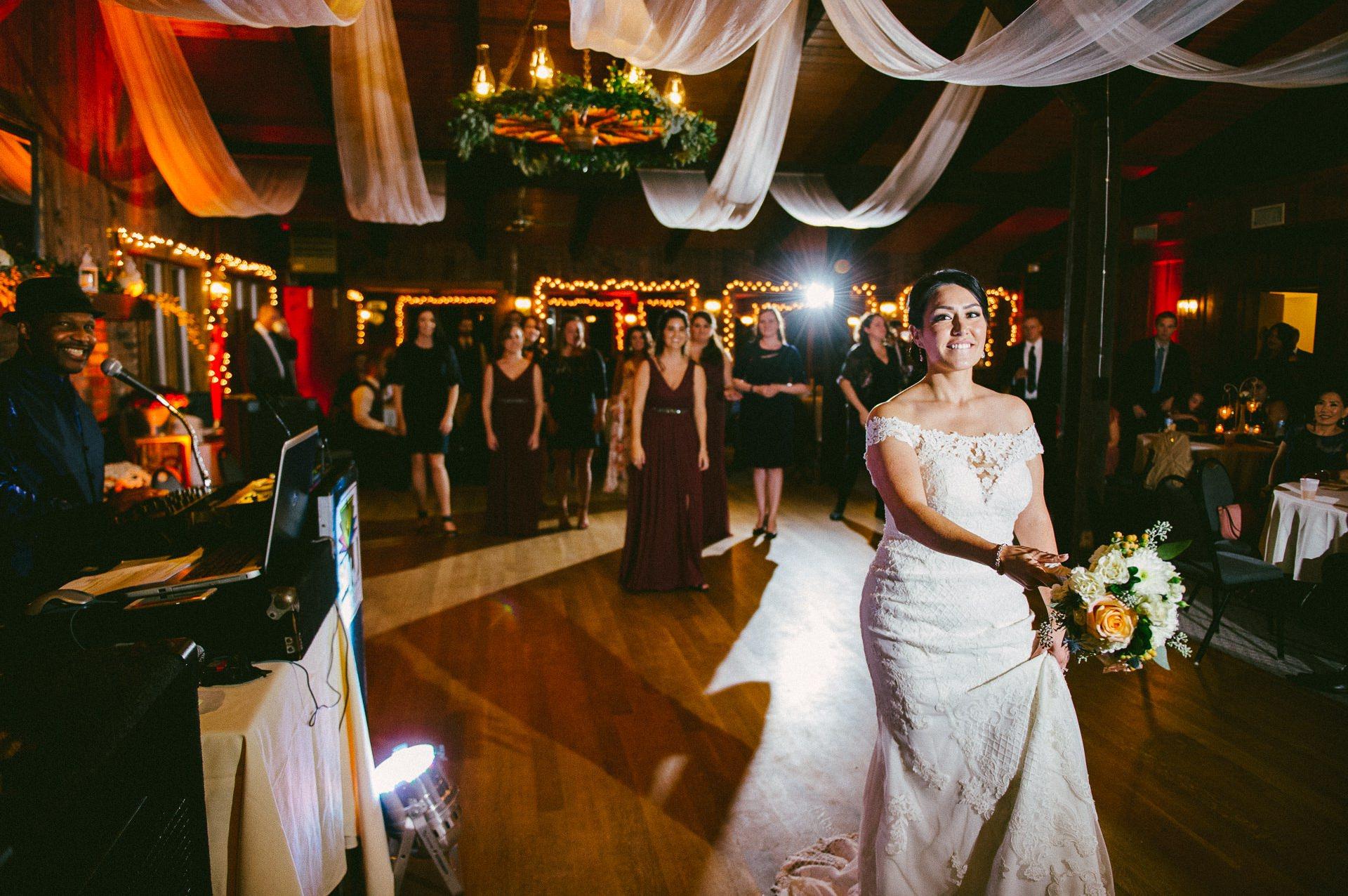 Patterson Fruit Farm Wedding Photographer in Cleveland 2 19.jpg