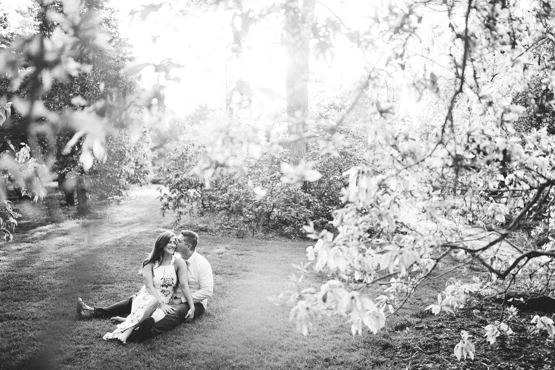 Cleveland Botanical Gardens Engagement Photos 10.jpg
