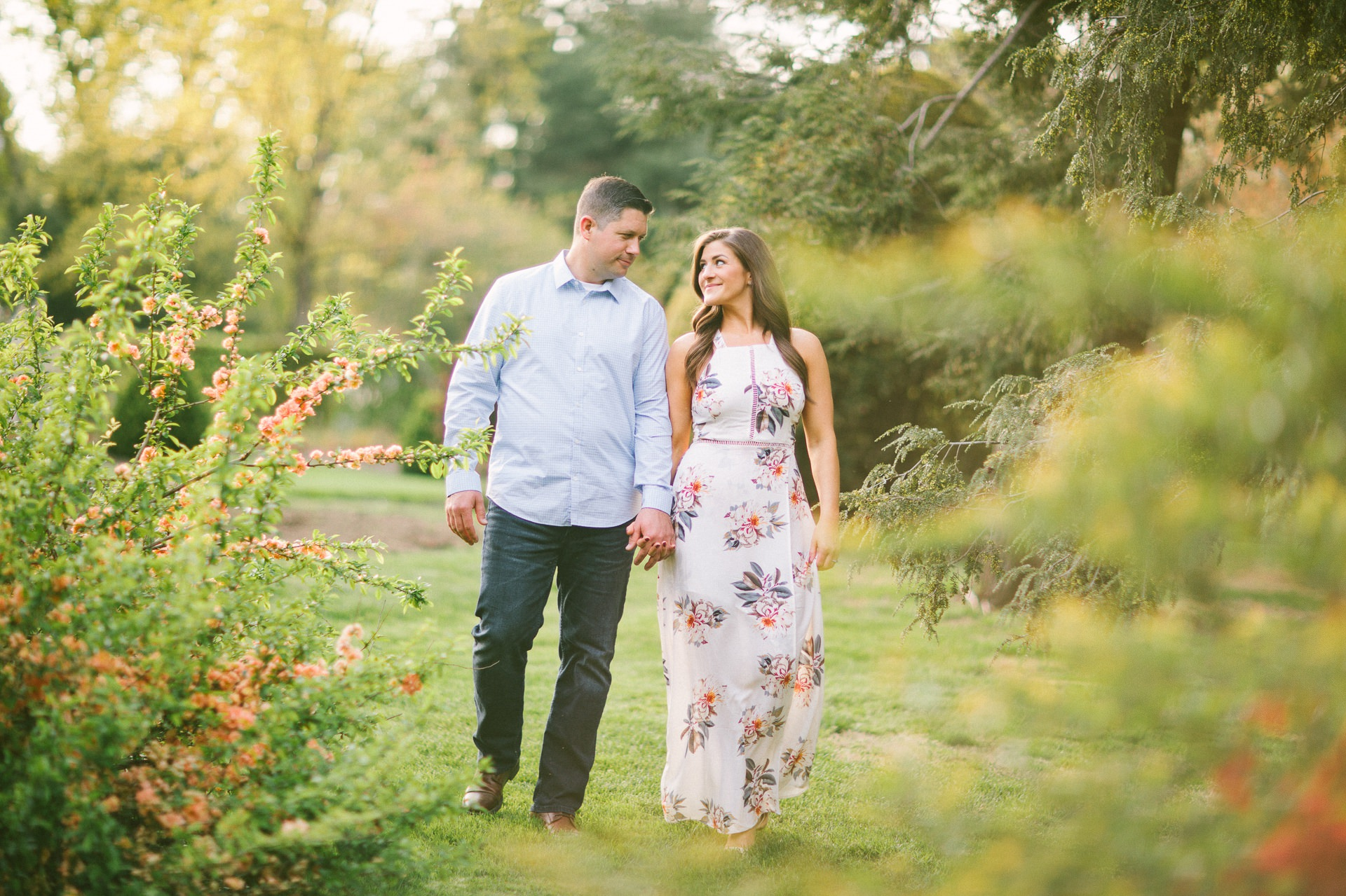 Cleveland Botanical Gardens Engagement Photos 17.jpg