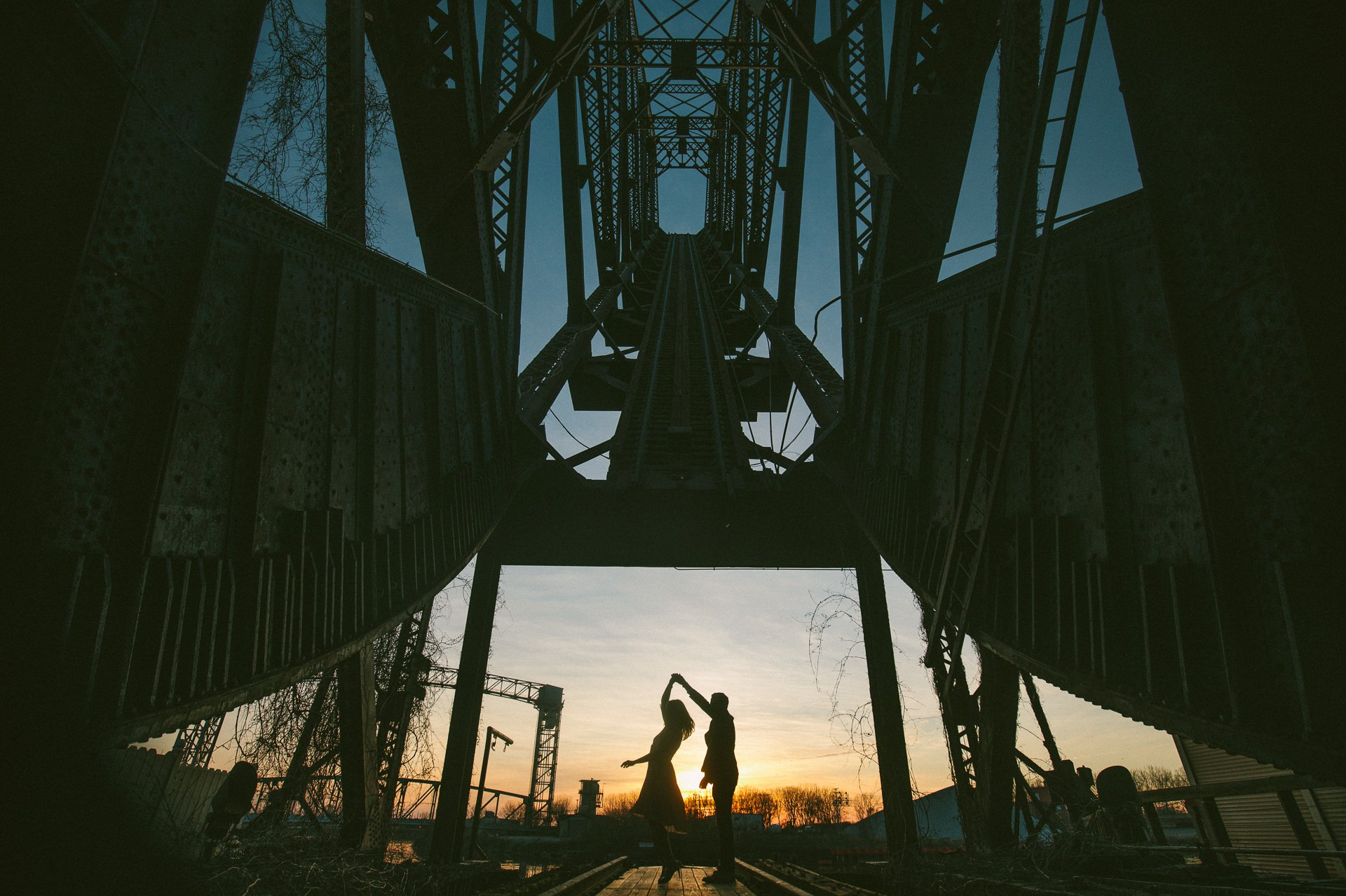 Cleveland Engagement Session on East Fourth 23.jpg
