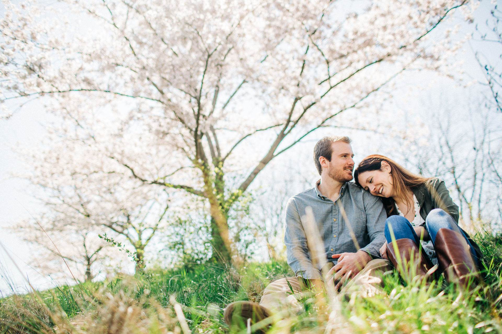 Cleveland Spring Engagement Photos 5.jpg