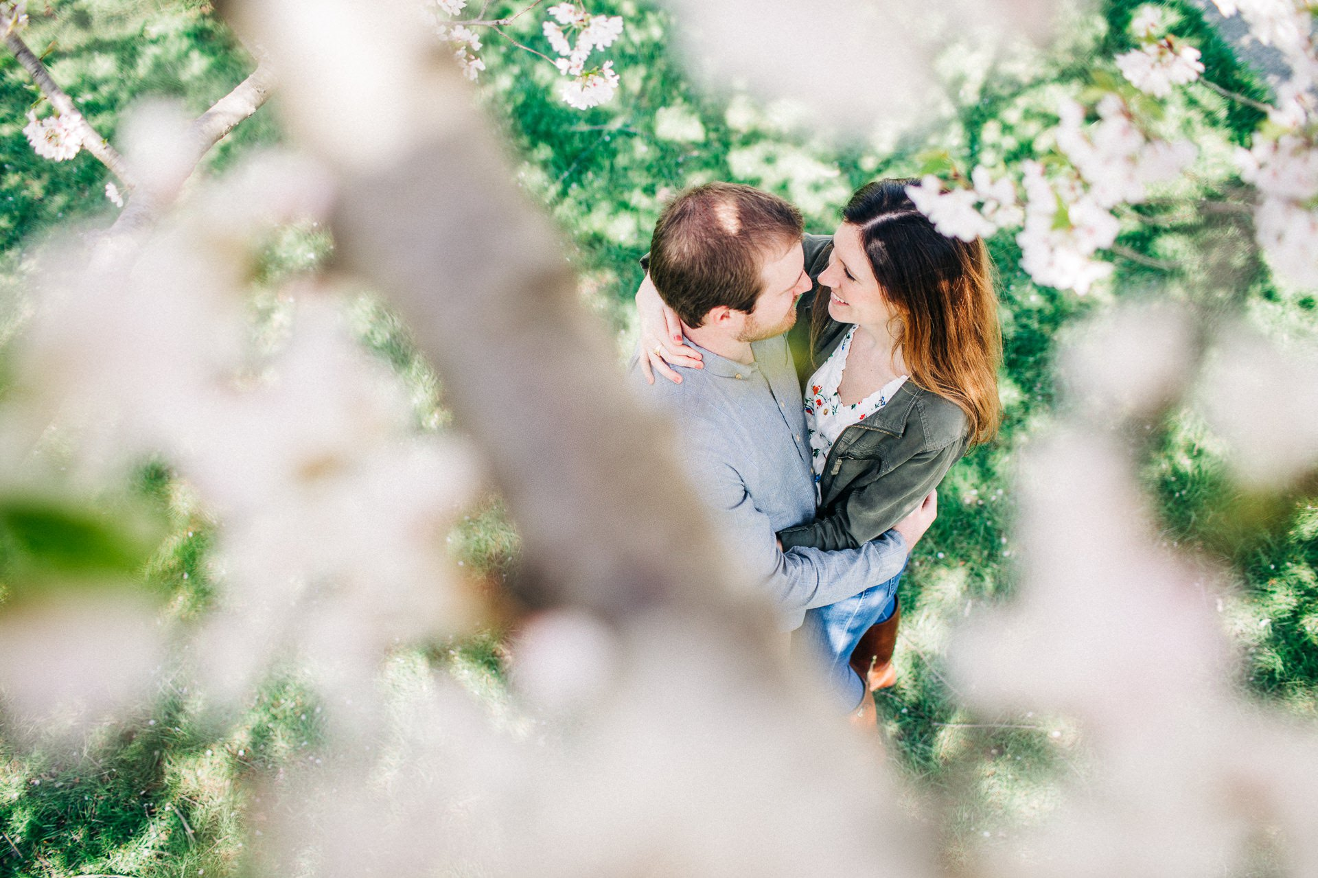 Cleveland Spring Engagement Photos 7.jpg