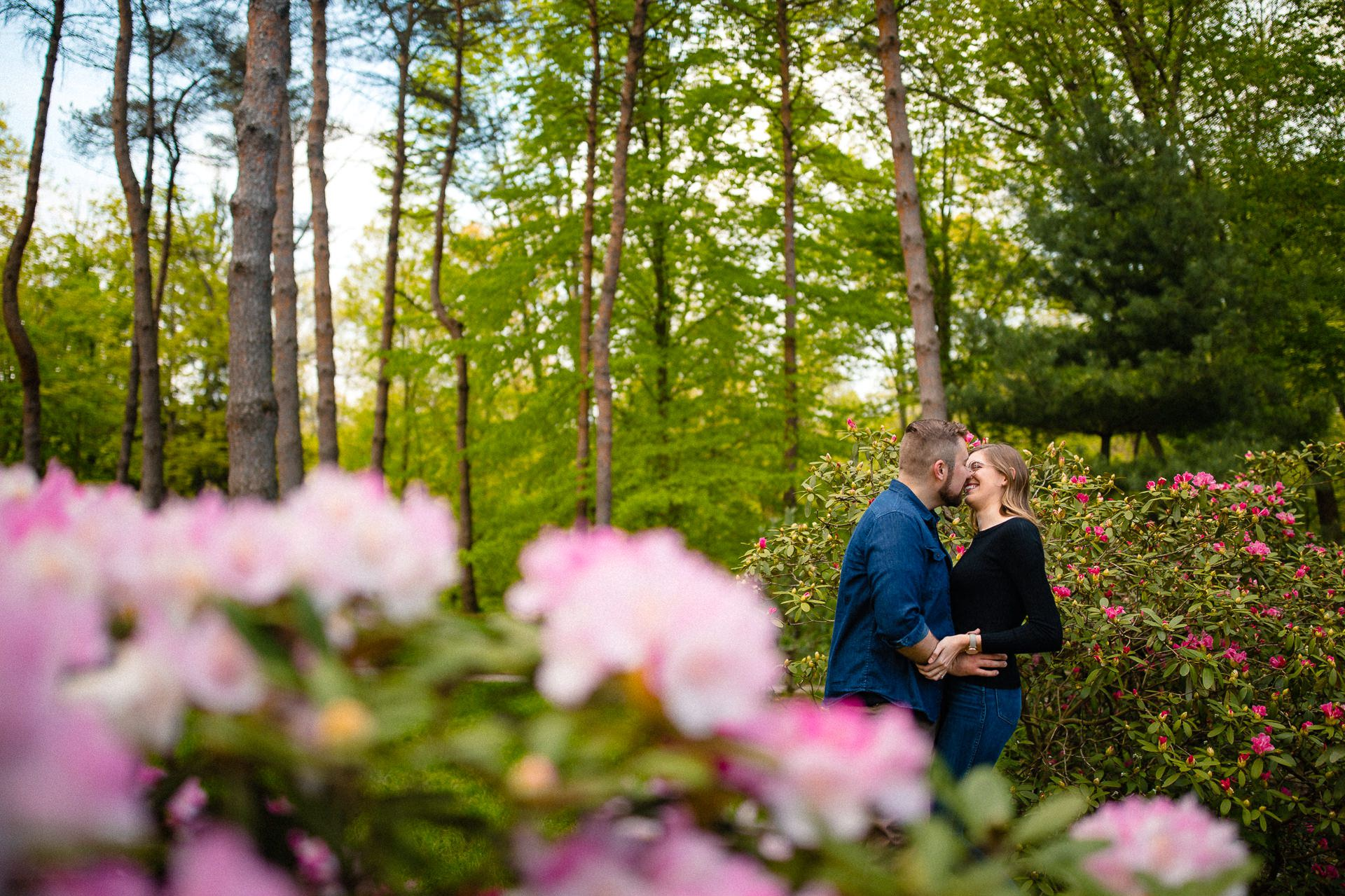 Spring Cleveland Botanical Gardens Engagement Photos 6.jpg