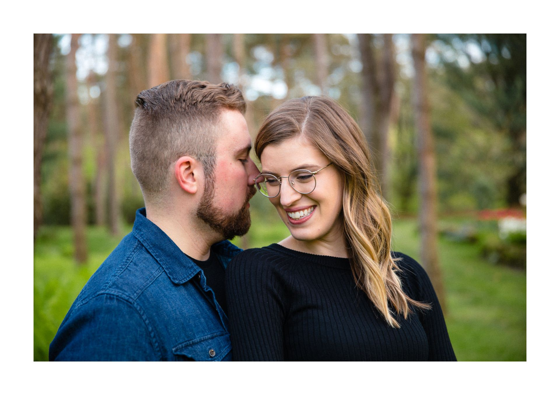 Spring Cleveland Botanical Gardens Engagement Photos 15.jpg