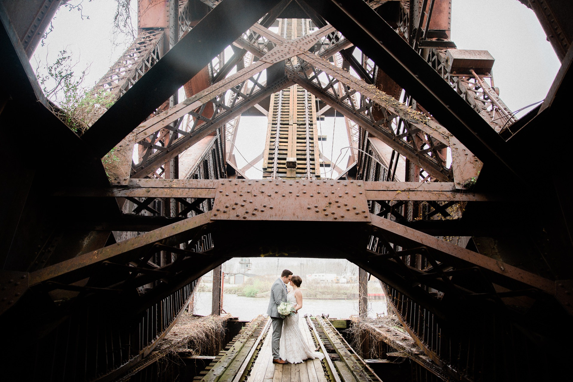 Windows on the River Cleveland Wedding Photographer 1 1.jpg