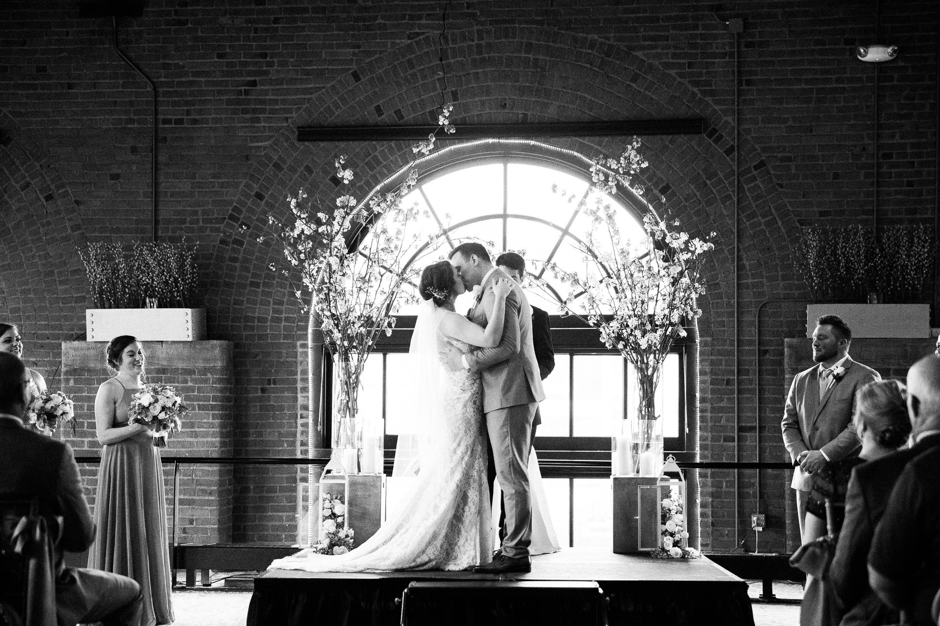 Windows on the River Cleveland Wedding Photographer 2 11.jpg