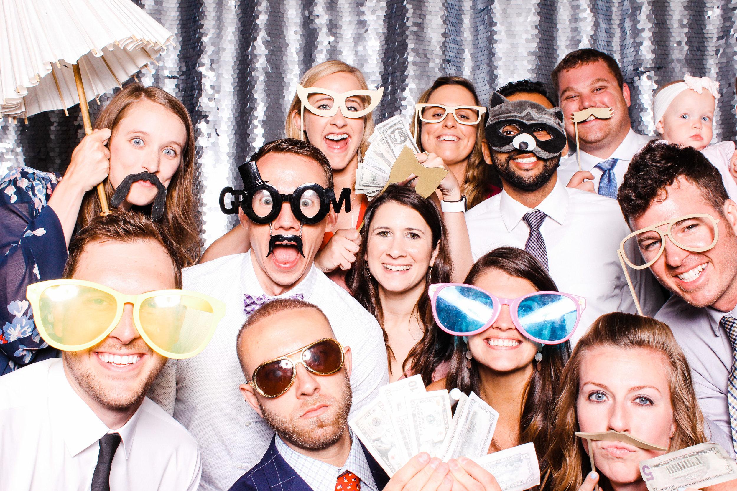 0209 Best Cleveland Photobooth Company.jpg