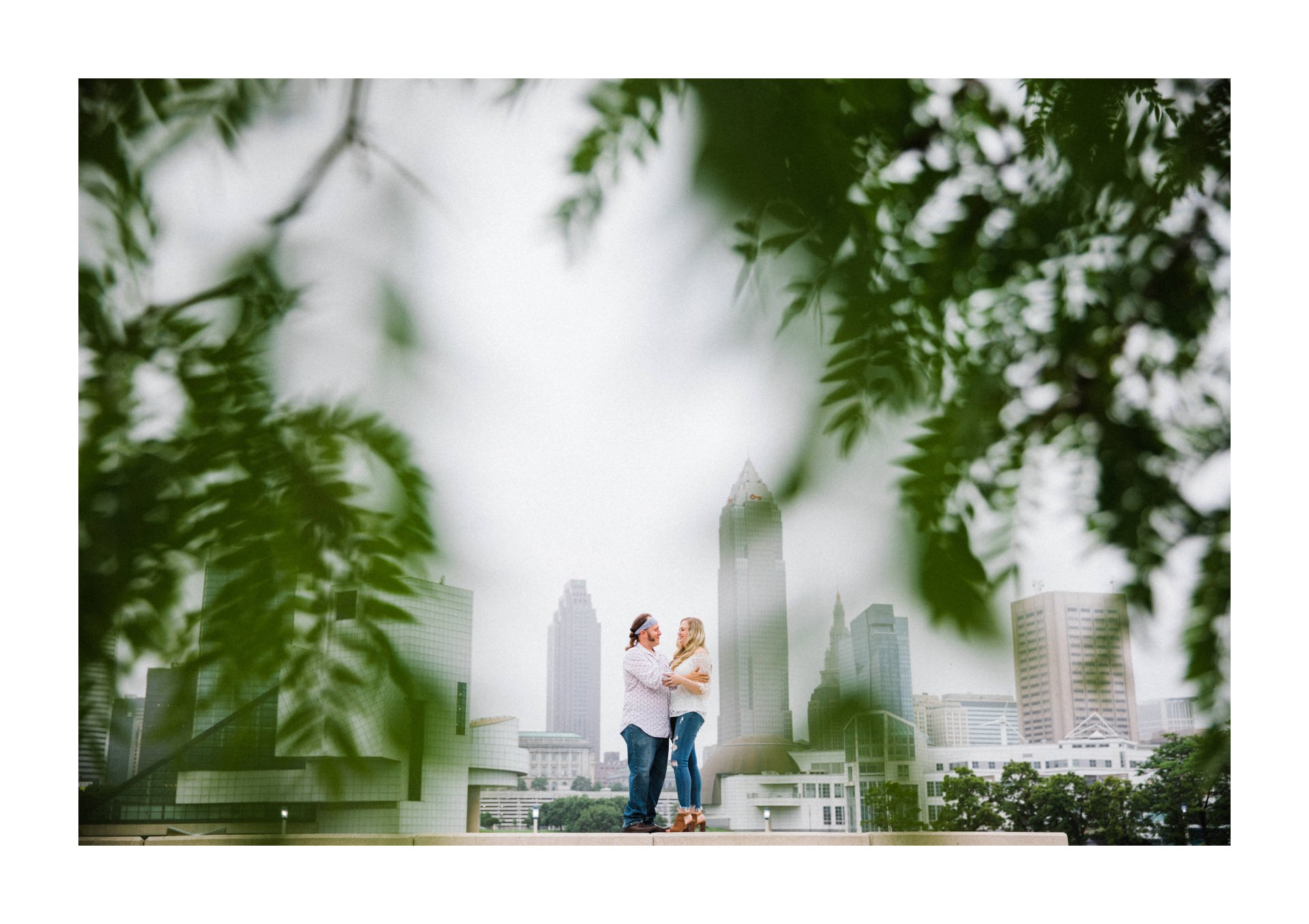 Cleveland Engagement Photographer 13.jpg