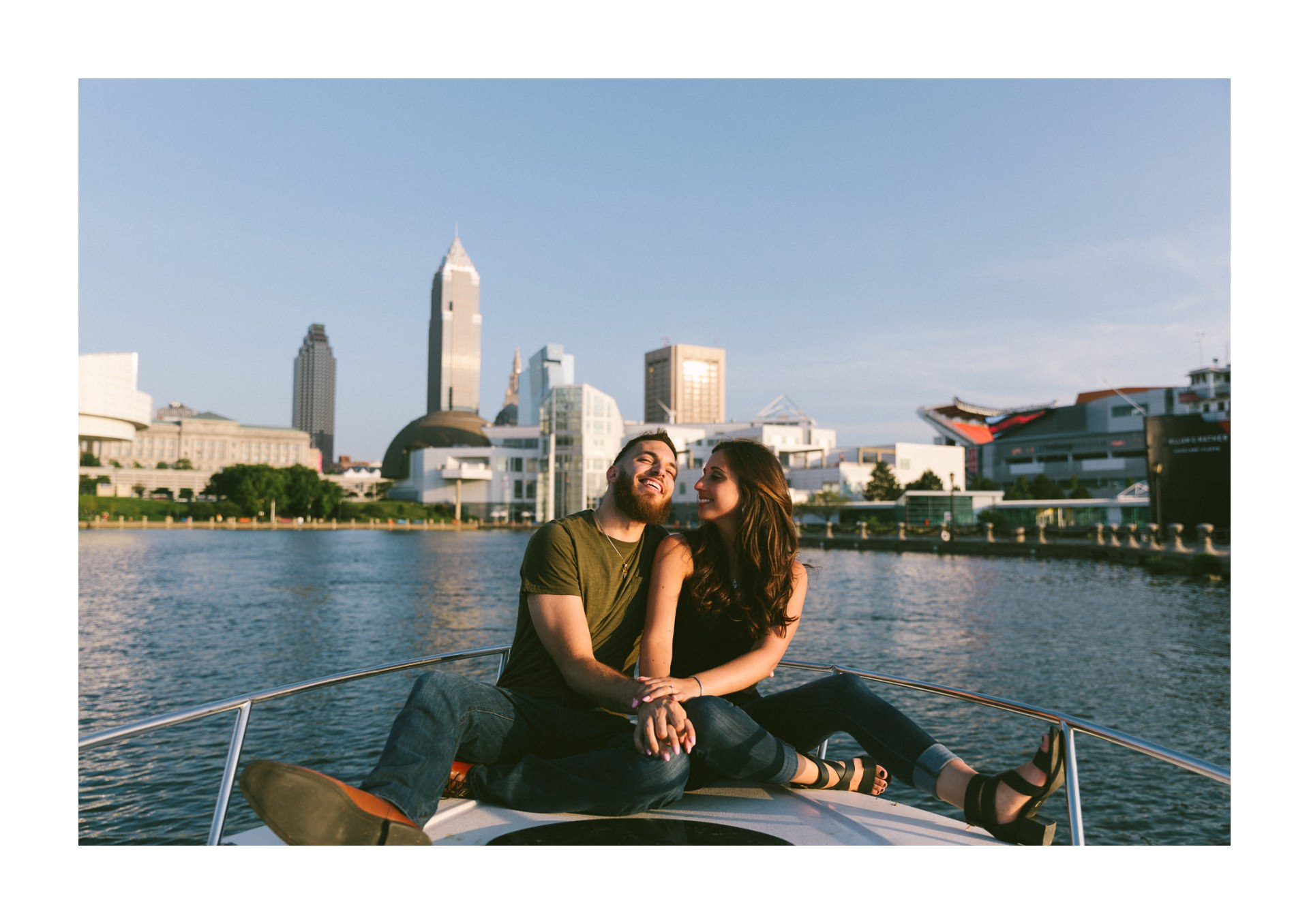 Flats East Bank Engagement Photos 14.jpg
