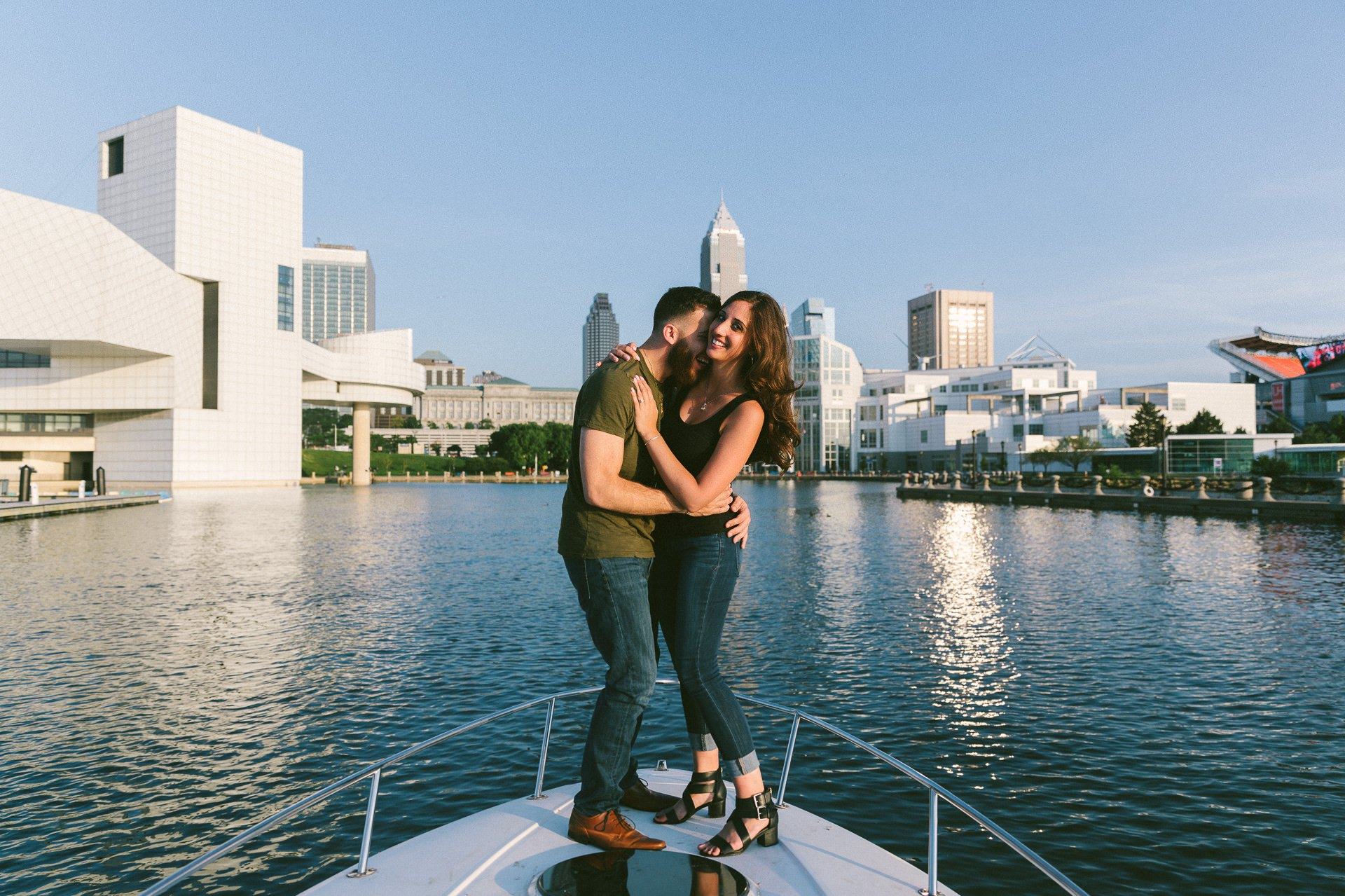 Flats East Bank Engagement Photos 17.jpg