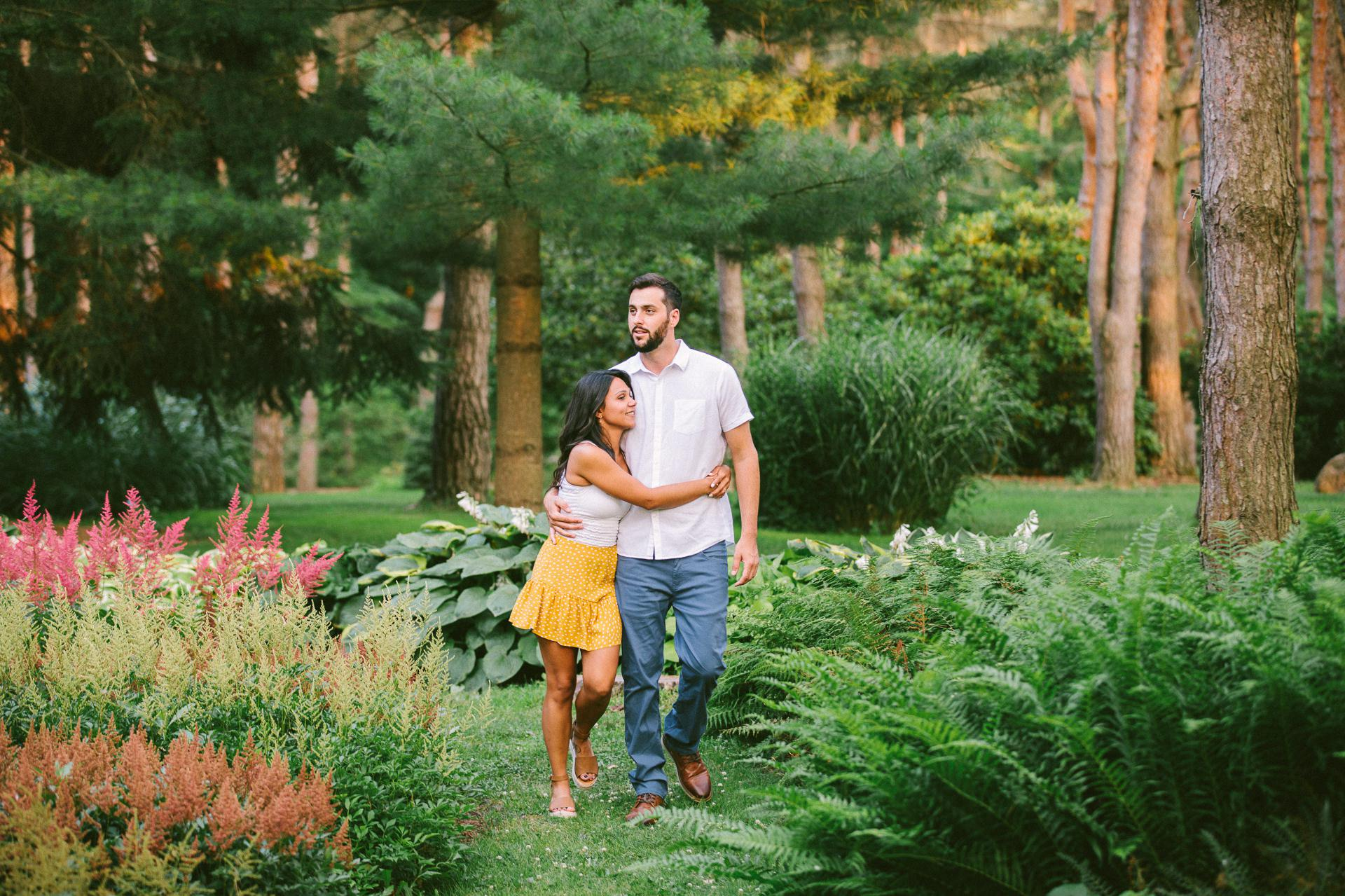 Cleveland Metroparks Engagement Photos 20.jpg