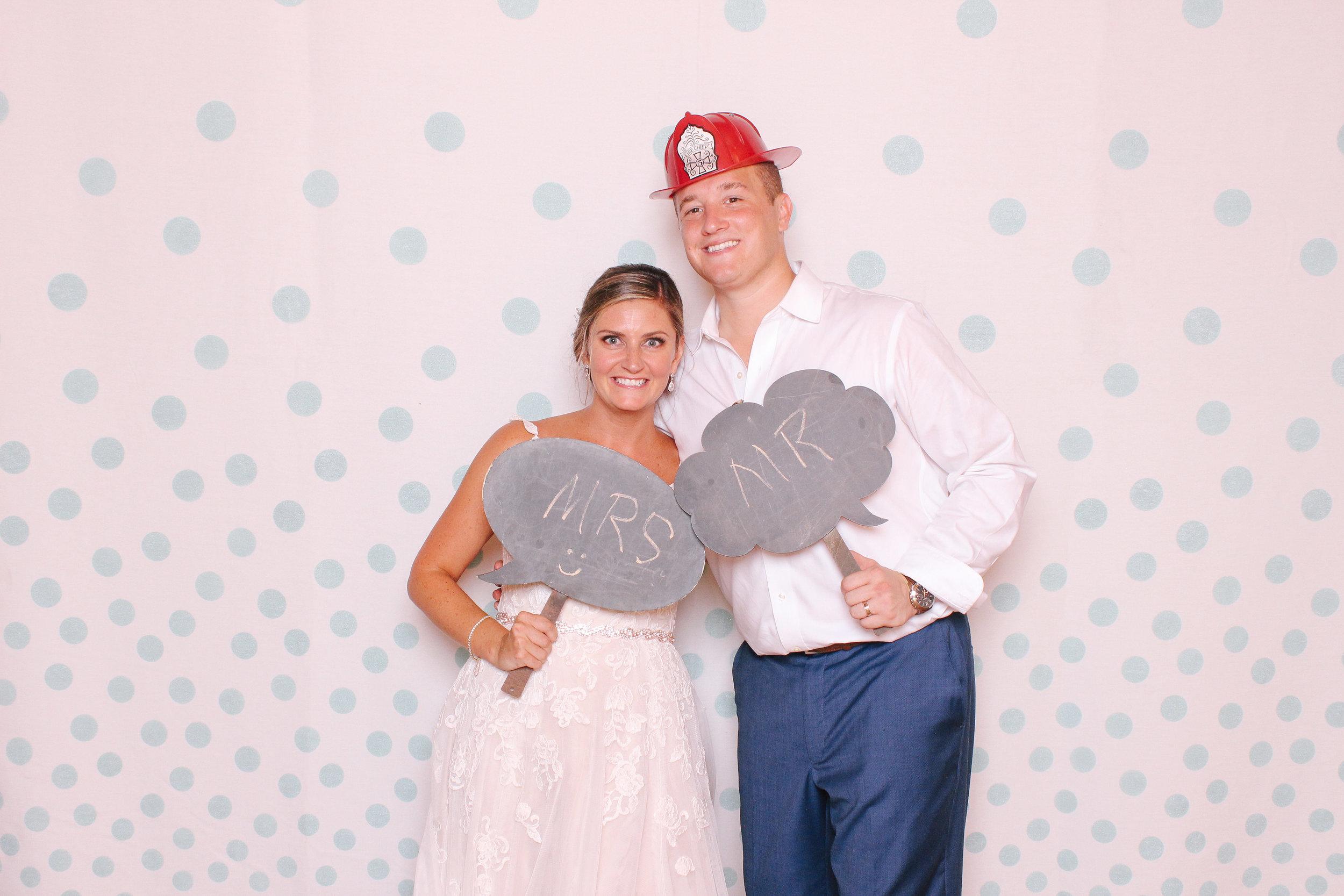 0141 Cleveland Wedding Photobooth too much awesomeness.jpg