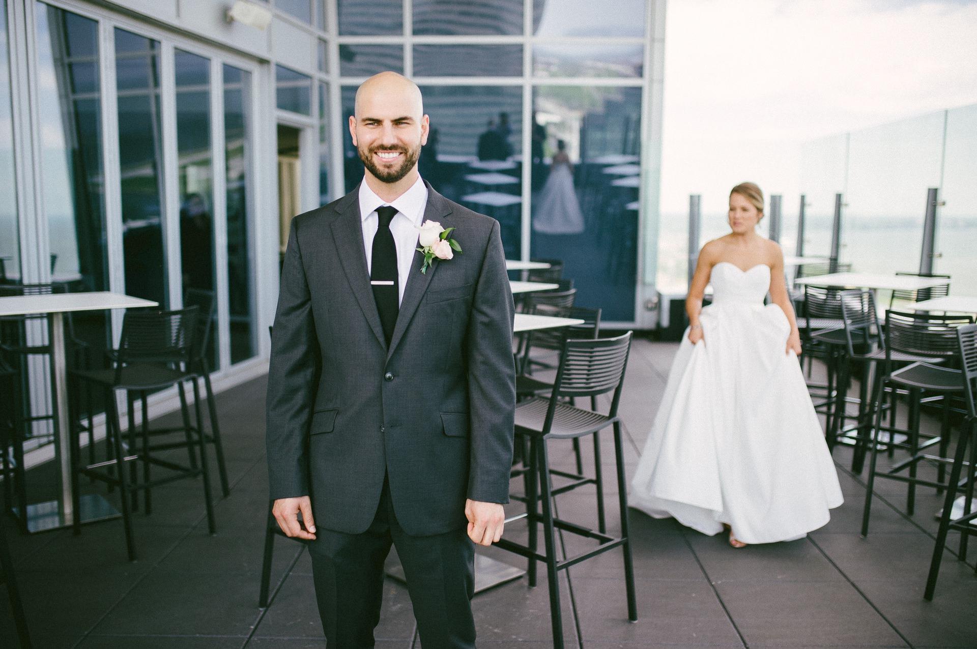 Dowtown Hilton Cleveland Wedding Photographer 1 24.jpg