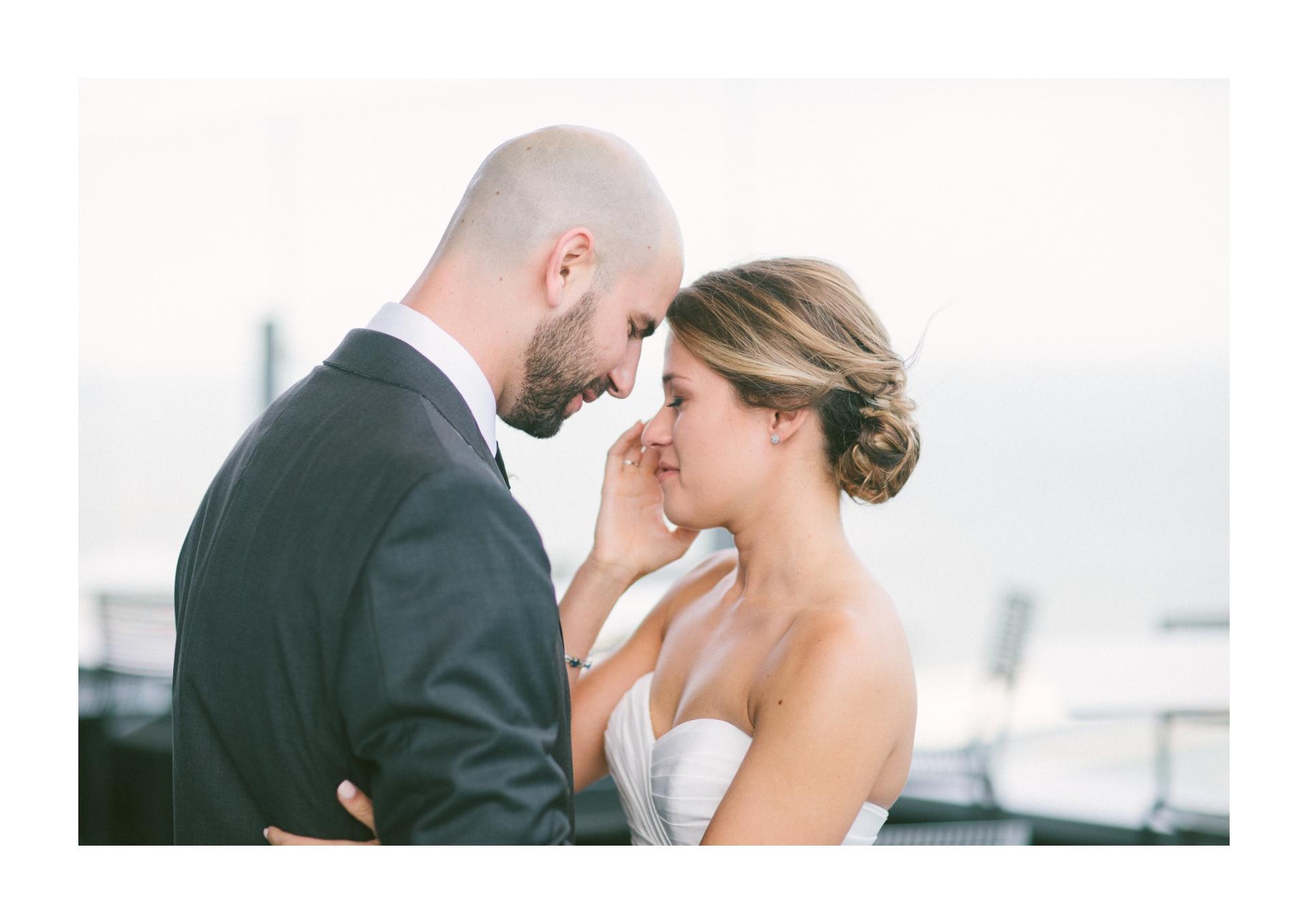Dowtown Hilton Cleveland Wedding Photographer 1 29.jpg