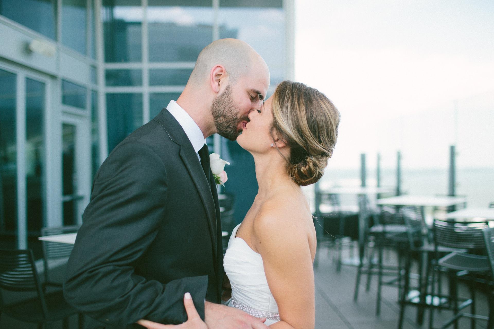 Dowtown Hilton Cleveland Wedding Photographer 1 28.jpg