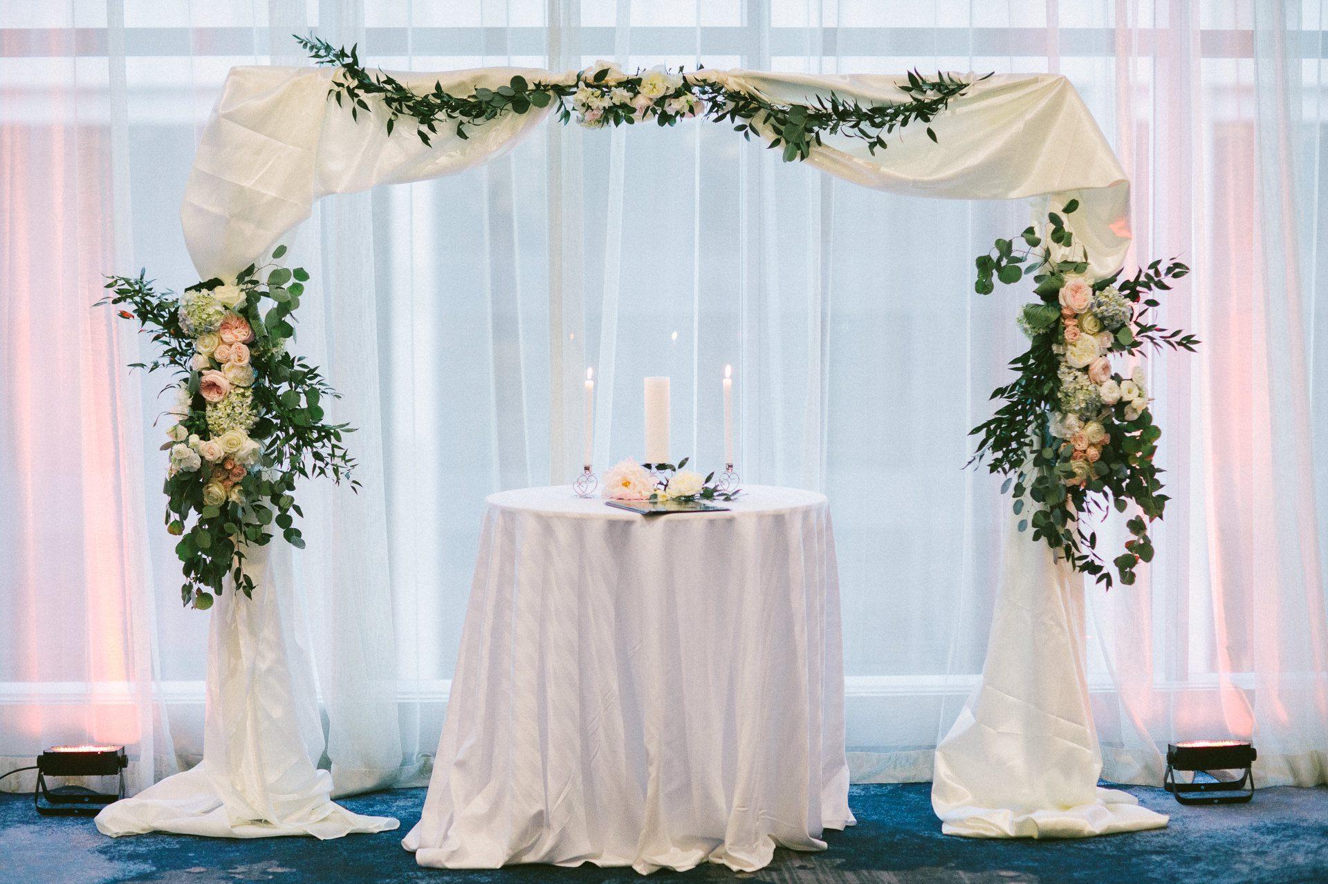 Dowtown Hilton Cleveland Wedding Photographer 2 5.jpg
