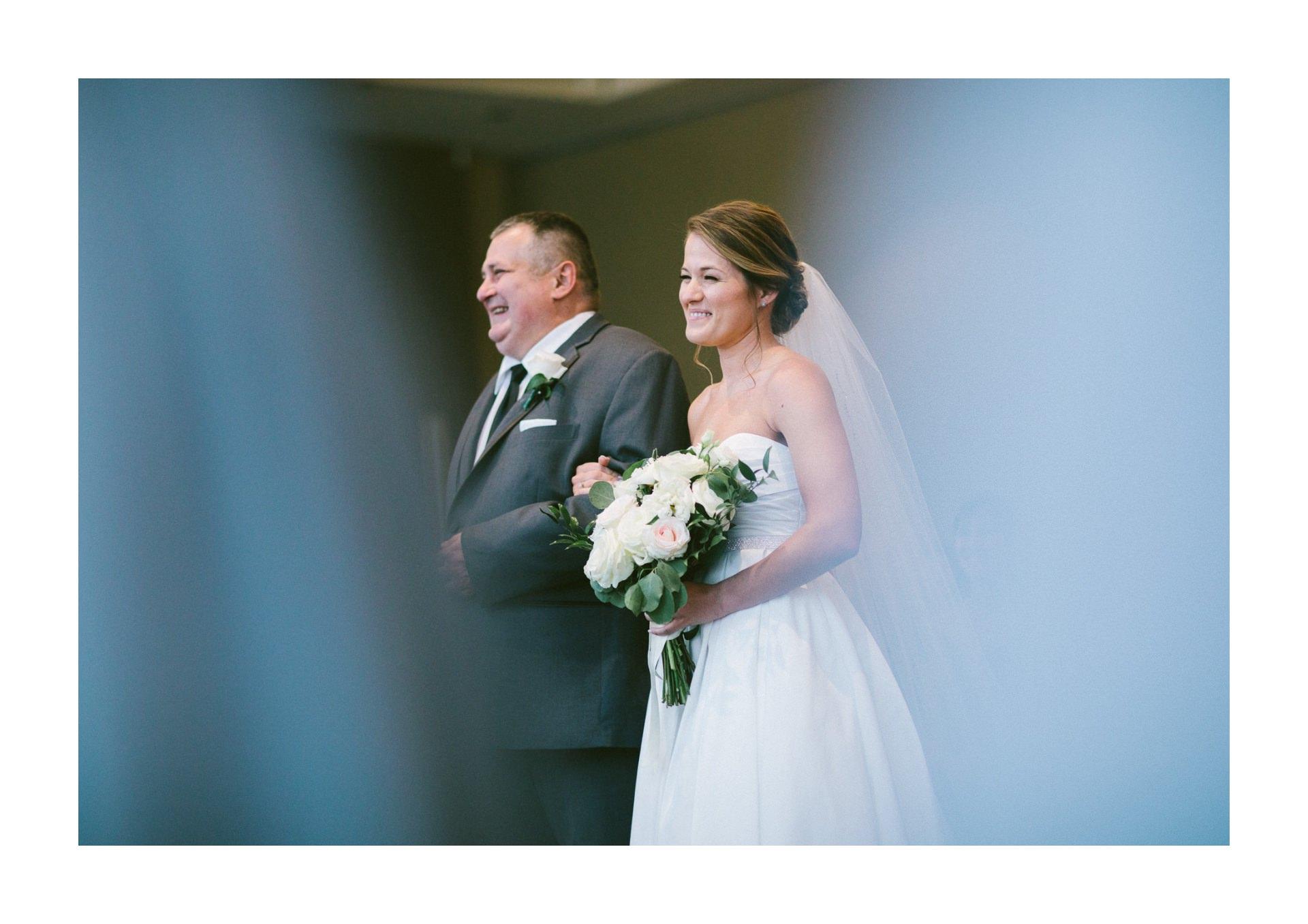 Dowtown Hilton Cleveland Wedding Photographer 2 10.jpg