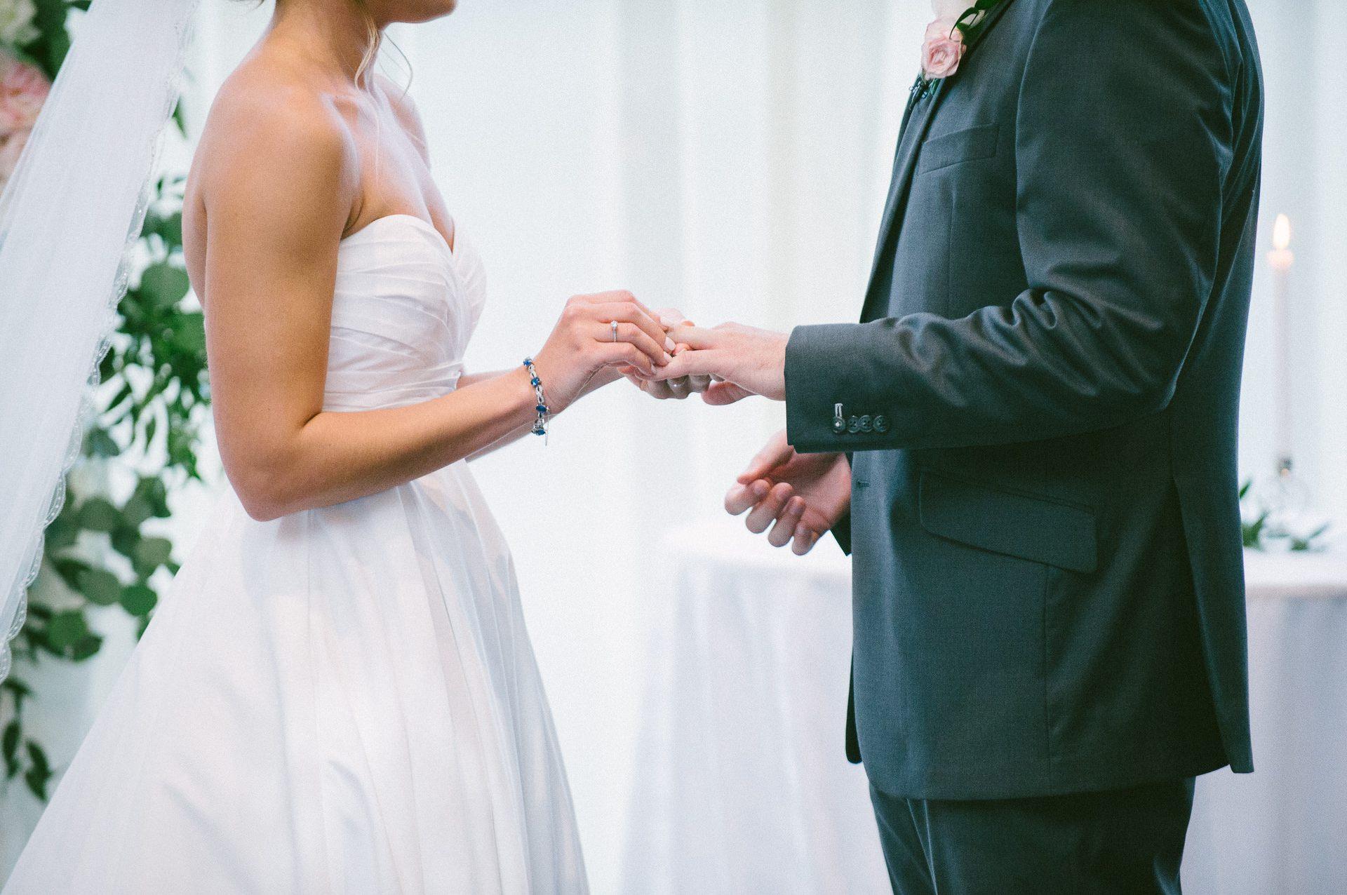 Dowtown Hilton Cleveland Wedding Photographer 2 13.jpg