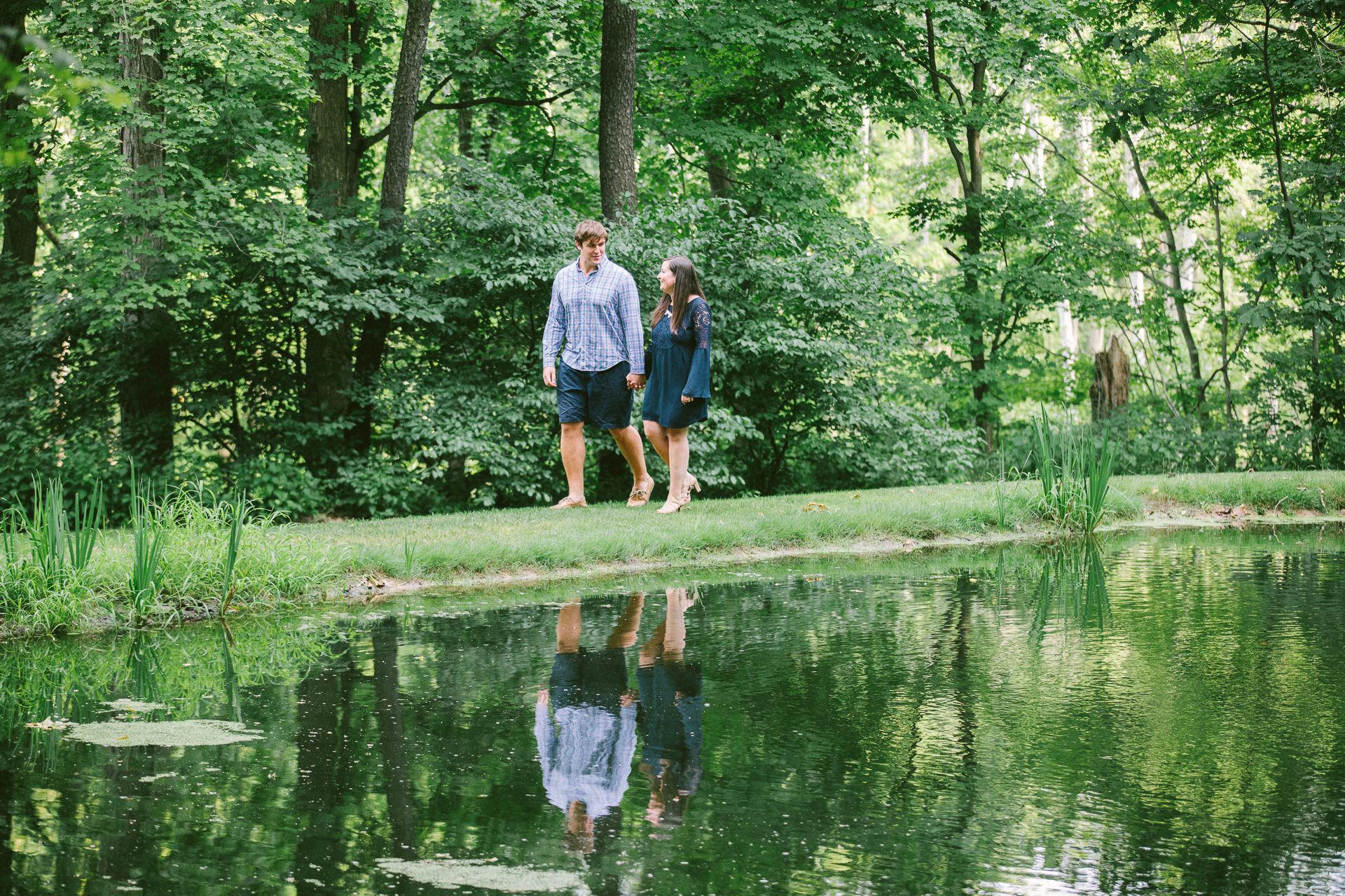 Cleveland Botanical Gardens Engagement Photos 1.jpg