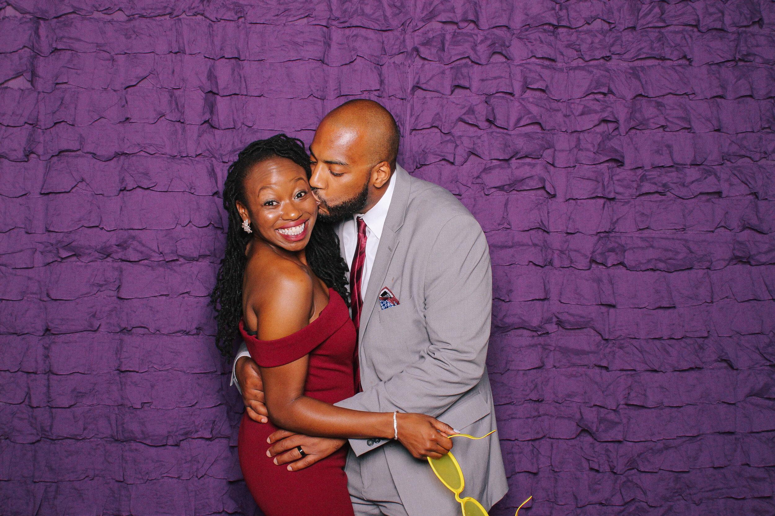 0199 Best Cleveland Wedding Photobooth.jpg