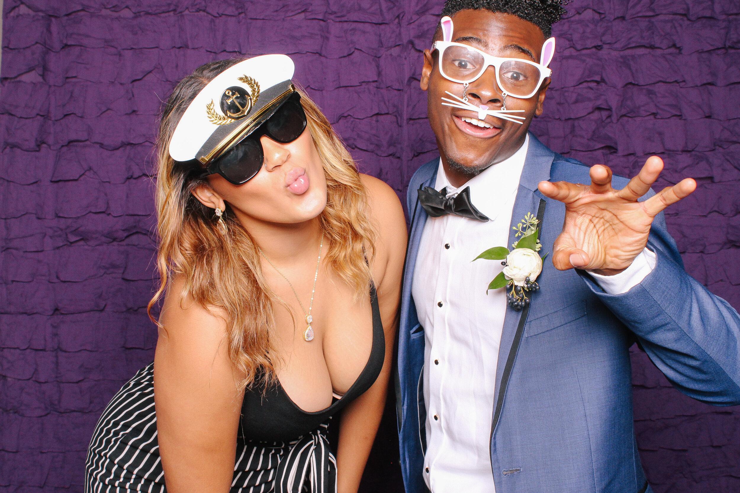 0409 Best Cleveland Wedding Photobooth.jpg