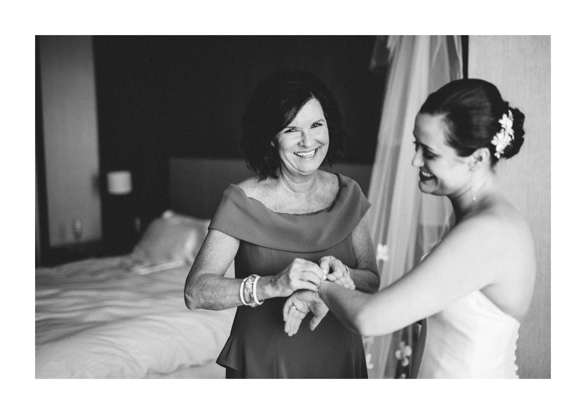 Playhouse State Theater Wedding Photographer in Cleveland 1 15.jpg