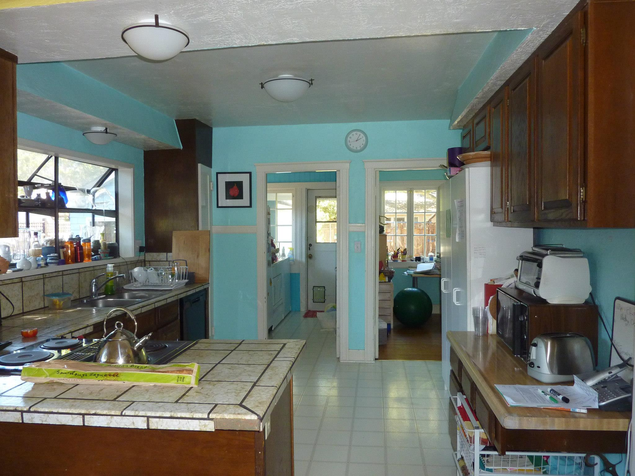 Kitchen existing.JPG