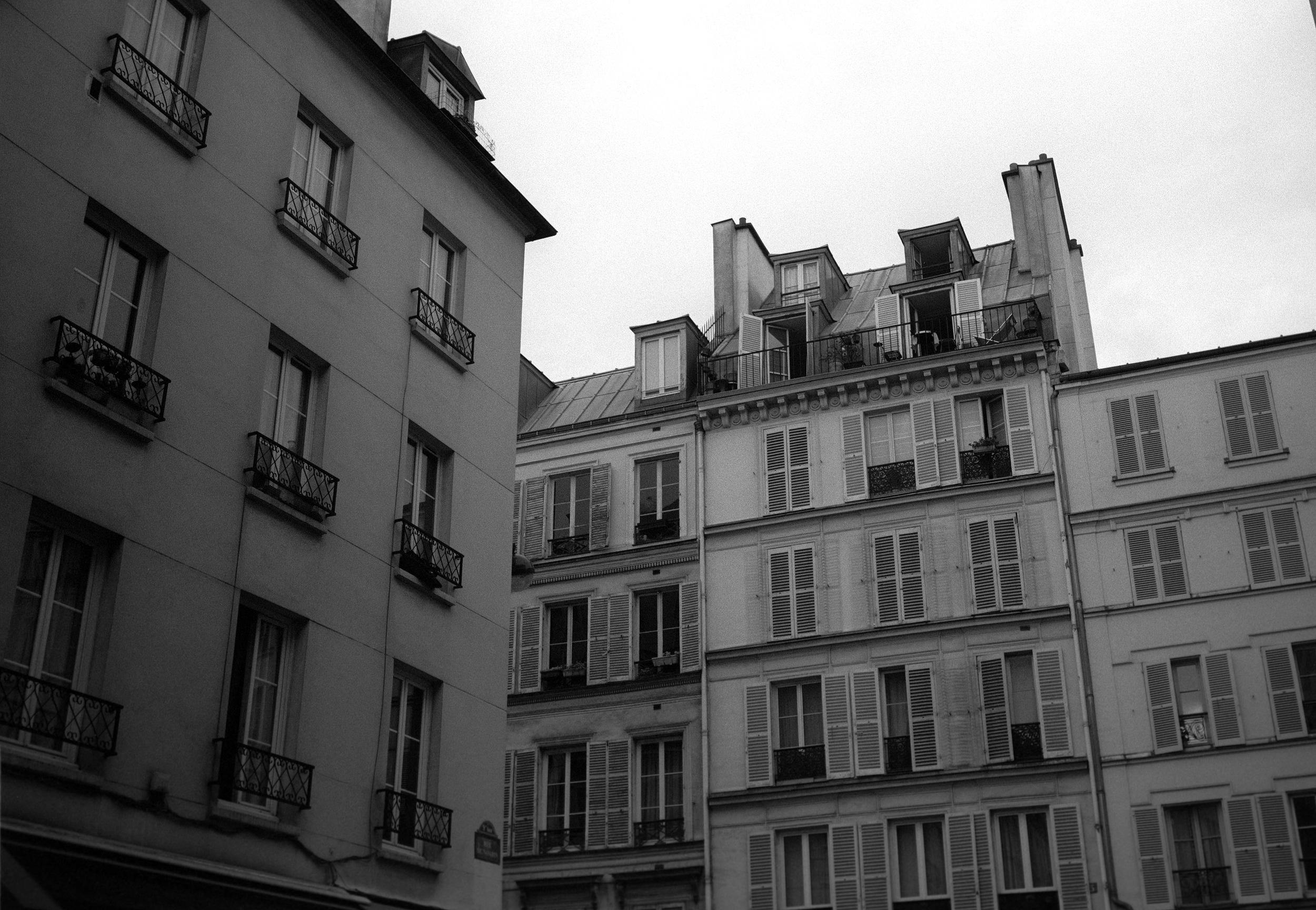 Above-Rue-Navarin.jpg