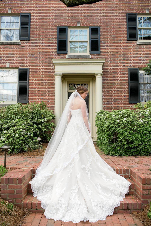 Carolina Inn Wedding 19.jpg